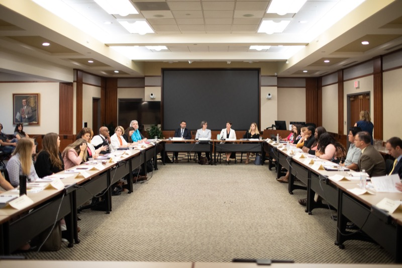"<a href=""https://filesource.wostreaming.net/commonwealthofpa/photo/17380_dhs_first_lady_college_dz_020.jpg"" target=""_blank"">⇣ Download Photo<br></a>Harrisburg, PA  First Lady Frances Wolf today hosted a roundtable discussion with Education Secretary Pedro Rivera, Human Services Secretary Teresa Miller, higher education professionals, students, and anti-hunger advocates to discuss ways to address hunger and food insecurity on college campuses. Wednesday, September 11 2019"