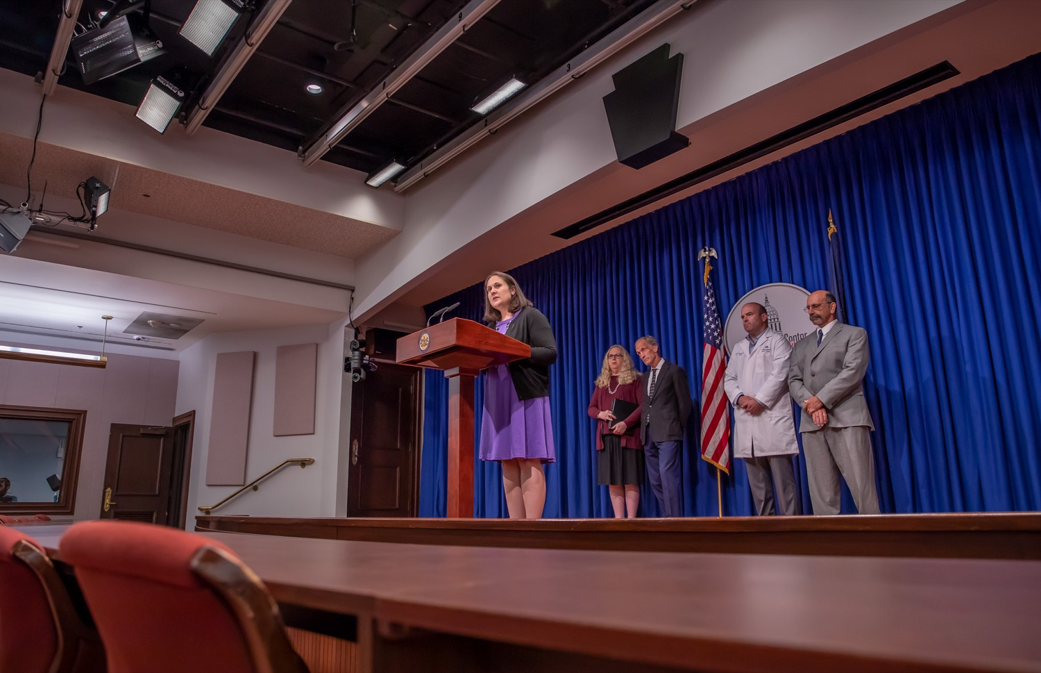 """<a href=""""https://filesource.wostreaming.net/commonwealthofpa/photo/17415_DOH_RXGuidlines_AG_10.jpg"""" target=""""_blank"""">⇣Download Photo<br></a>Harrisburg, PA.  Secretary of Drug and Alcohol programs, Jen Smith speaking at Wednesday's press conference to announce the latest updated prescribing guideline, Treating Pain in Patients with OUD, as part of the second Stop Overdoses in PA: Get Help Now Week, a statewide initiative to get the overdose reversal medication naloxone to Pennsylvanians and get help for residents suffering from the disease of opioid use disorder (OUD).  September 18, 2019"""