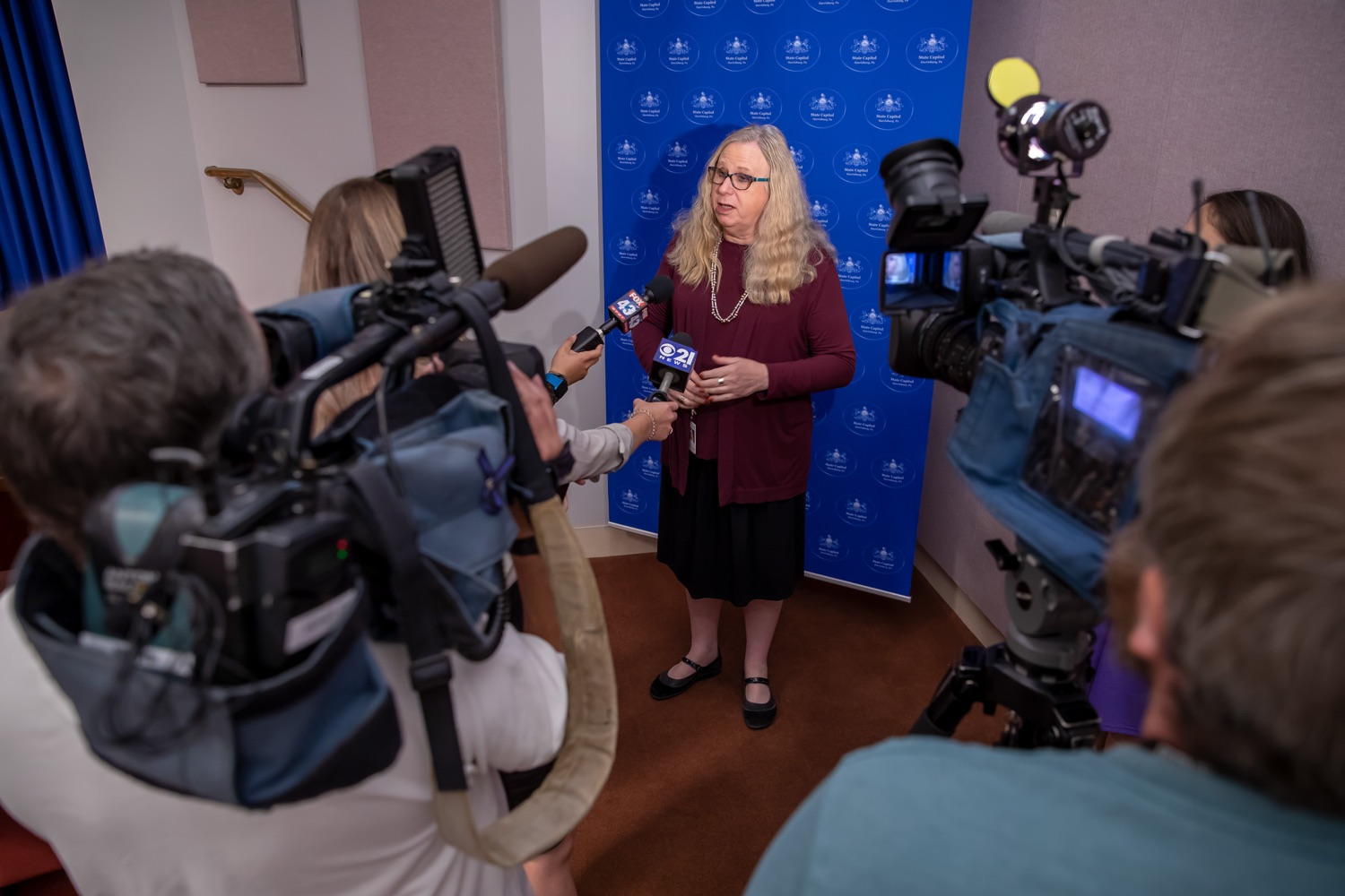 """<a href=""""https://filesource.wostreaming.net/commonwealthofpa/photo/17415_DOH_RXGuidlines_AG_15.jpg"""" target=""""_blank"""">⇣Download Photo<br></a>Harrisburg, PA.  Dr. Rachel Levine, Secretary of the Pennsylvania Dept. of Health, speaking to media outlets after Wednesday's press conference announcing the latest updated prescribing guideline, Treating Pain in Patients with OUD, as part of the second Stop Overdoses in PA: Get Help Now Week, a statewide initiative to get the overdose reversal medication naloxone to Pennsylvanians and get help for residents suffering from the disease of opioid use disorder (OUD).  September 18, 2019"""