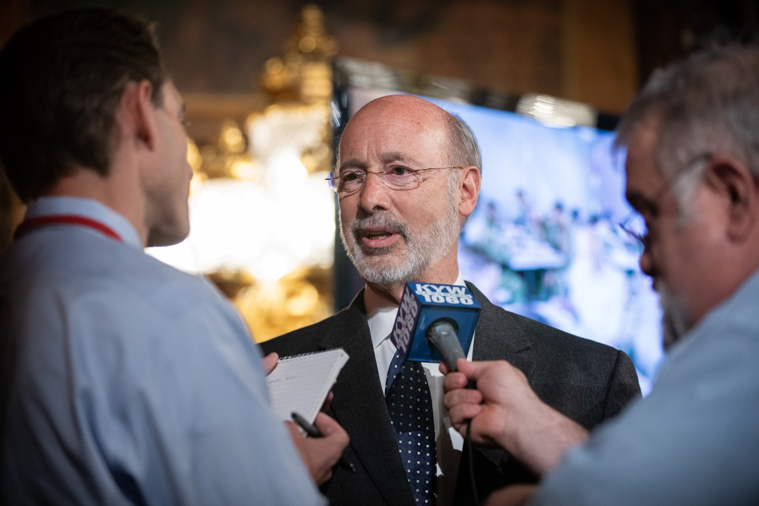 """<a href=""""https://filesource.wostreaming.net/commonwealthofpa/photo/17423_gov_trip_recap_dz_005.jpg"""" target=""""_blank"""">⇣Download Photo<br></a>Harrisburg, PA  Governor Tom Wolf speaking with the press.  Governor Tom Wolf today highlighted the second half of his trip abroad, including visiting with more than 500 PA National Guard (PNG) troops in Poland, and honoring the Tree of Life synagogue victims at the Auschwitz-Birkenau Memorial. Tuesday, September 17, 2019"""