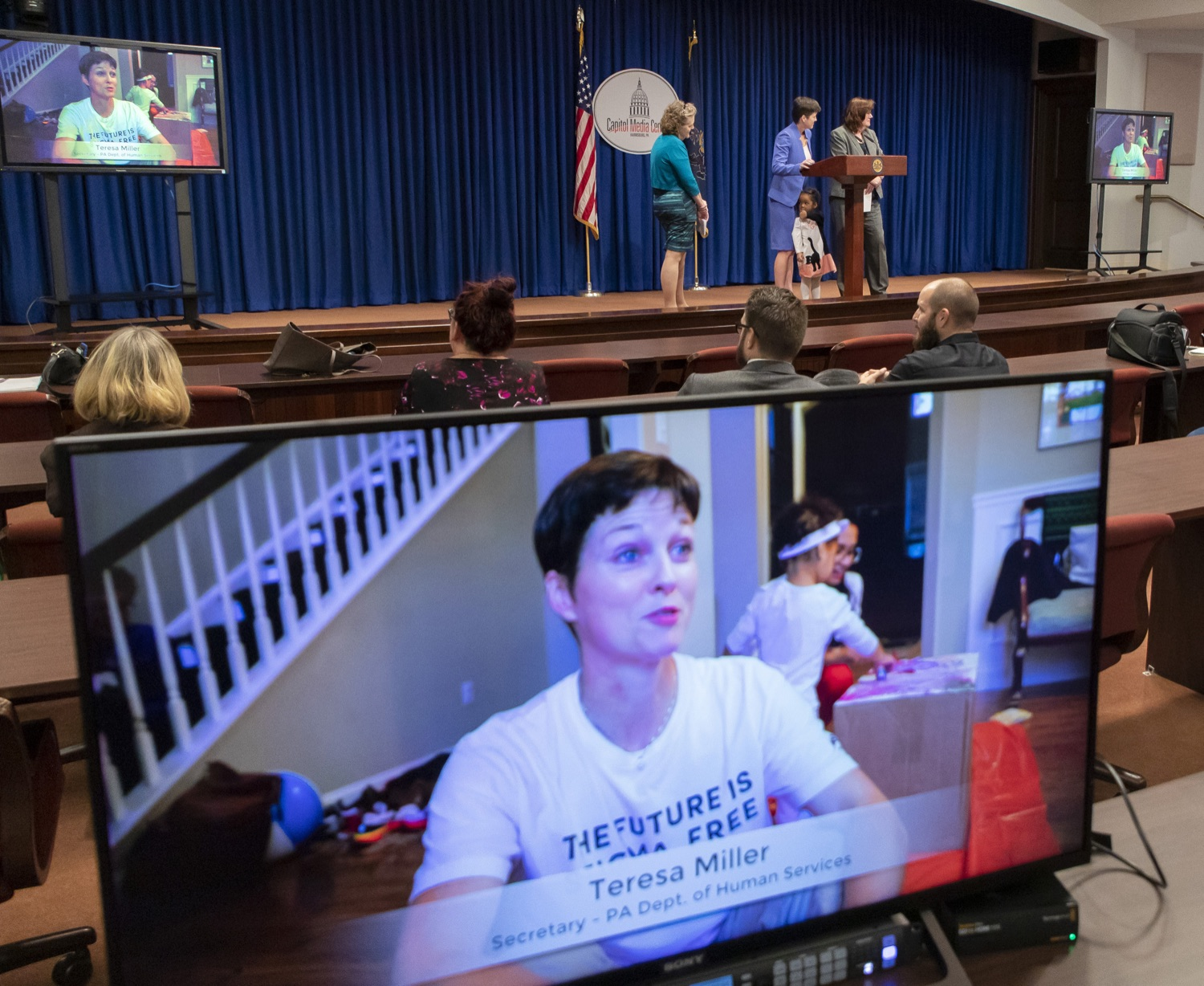 "<a href=""https://filesource.wostreaming.net/commonwealthofpa/photo/17441_DHS_Home_Visits_12.jpg"" target=""_blank"">⇣ Download Photo<br></a>Pennsylvania Expands Home Visiting Support to First-Time Mothers and Children with Special Needs"