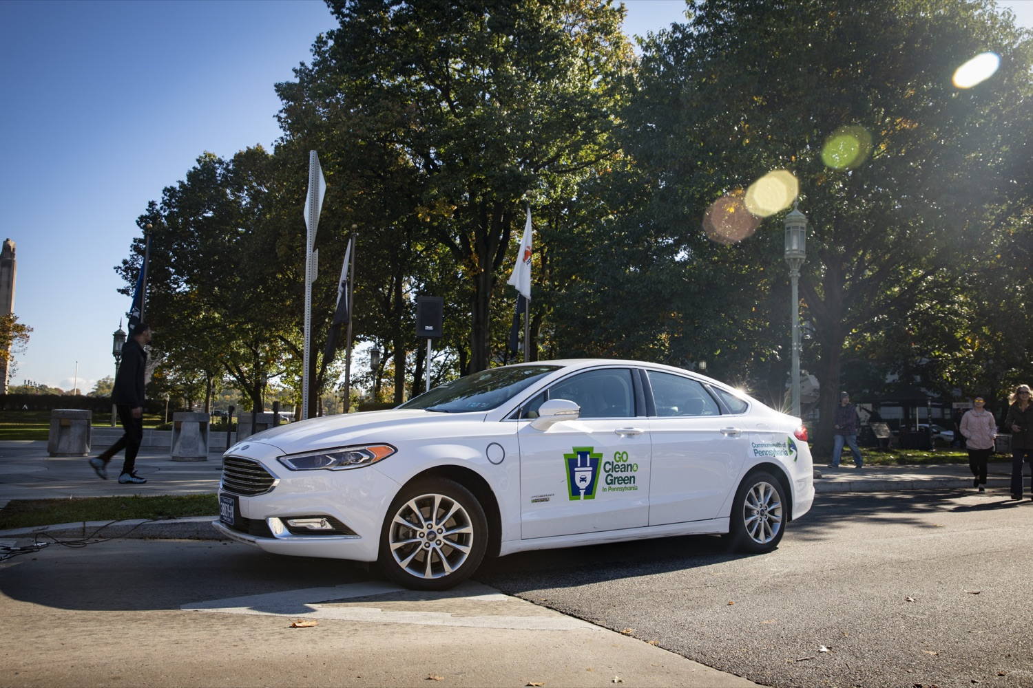 """<a href=""""https://filesource.wostreaming.net/commonwealthofpa/photo/17449_DGS_DRIVE_ELECTRIC_CZ_03.JPG"""" target=""""_blank"""">⇣Download Photo<br></a>The Drive Electric PA Coalition and the interagency GreenGov Council hold an interactive display of electric and hybrid vehicles during a Ride & Drive Event at the Capitol Complex on October 23, 2019."""