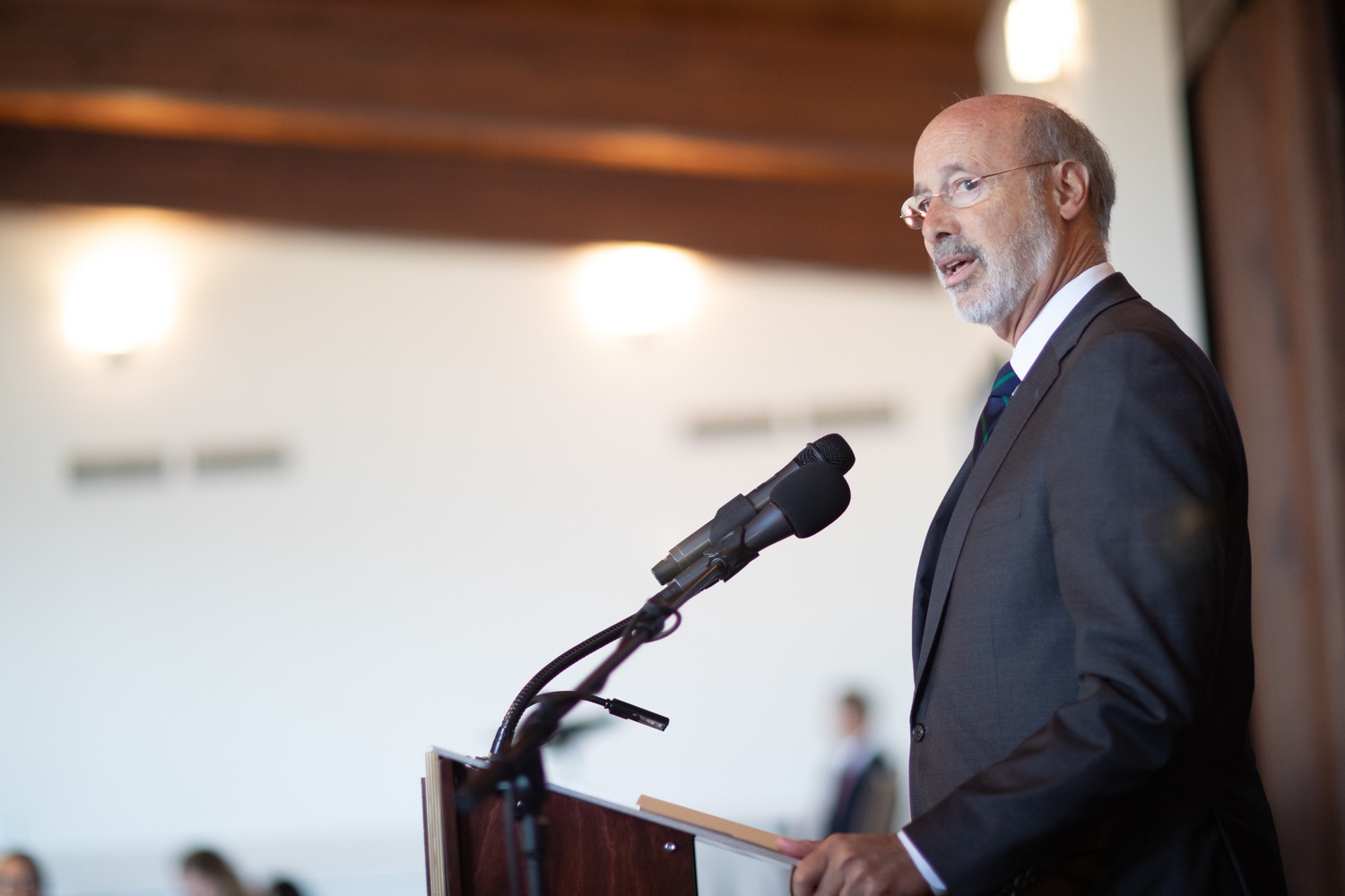 """<a href=""""https://filesource.wostreaming.net/commonwealthofpa/photo/17467_gov_opioids_dz_002.JPG"""" target=""""_blank"""">⇣Download Photo<br></a>Boalsburg, PA  Governor Tom Wolf addressing the summit. Governor Tom Wolf today kicked off his administrations first Opioid Command Center Opioid Summit: Think Globally, Act Locally, which brought together 200 individuals helping their communities fight the opioid crisis, including community organizations, non-profits, schools, health care workers, addiction and recovery specialists, and families affected by the opioid crisis.  Tuesday, October 1, 2019"""