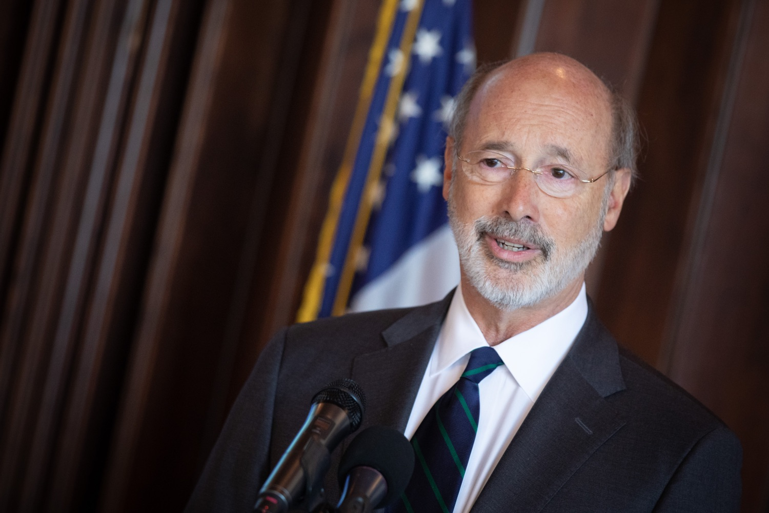 """<a href=""""https://filesource.wostreaming.net/commonwealthofpa/photo/17467_gov_opioids_dz_003.JPG"""" target=""""_blank"""">⇣Download Photo<br></a>Boalsburg, PA  Governor Tom Wolf addressing the summit. Governor Tom Wolf today kicked off his administrations first Opioid Command Center Opioid Summit: Think Globally, Act Locally, which brought together 200 individuals helping their communities fight the opioid crisis, including community organizations, non-profits, schools, health care workers, addiction and recovery specialists, and families affected by the opioid crisis.  Tuesday, October 1, 2019"""