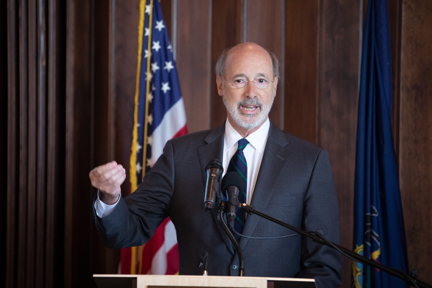 """<a href=""""https://filesource.wostreaming.net/commonwealthofpa/photo/17467_gov_opioids_dz_018.JPG"""" target=""""_blank"""">⇣Download Photo<br></a>Boalsburg, PA  Governor Tom Wolf addressing the summit.  Governor Tom Wolf today kicked off his administrations first Opioid Command Center Opioid Summit: Think Globally, Act Locally, which brought together 200 individuals helping their communities fight the opioid crisis, including community organizations, non-profits, schools, health care workers, addiction and recovery specialists, and families affected by the opioid crisis.  Tuesday, October 1, 2019"""