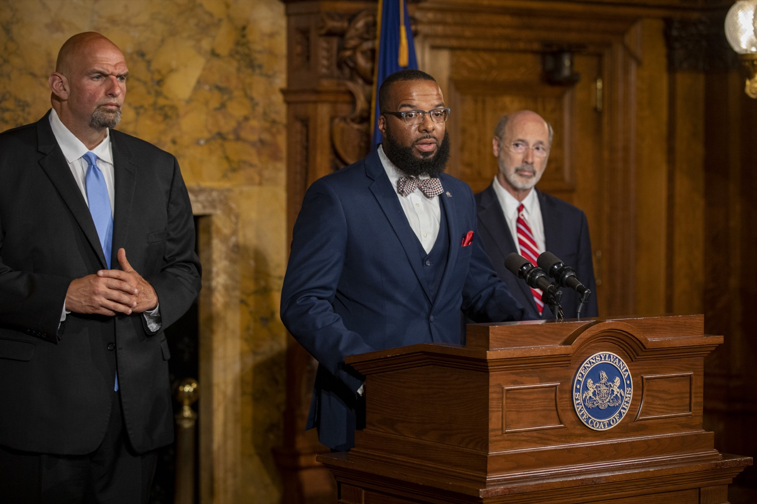 "<a href=""https://filesource.wostreaming.net/commonwealthofpa/photo/17468_GOV_BOP_DE_008.jpg"" target=""_blank"">⇣ Download Photo<br></a>Gov. Wolf, Lt. Gov, Pardons Board Provide Update on Pardons Process, Benefit to Those with Marijuana Convictions"