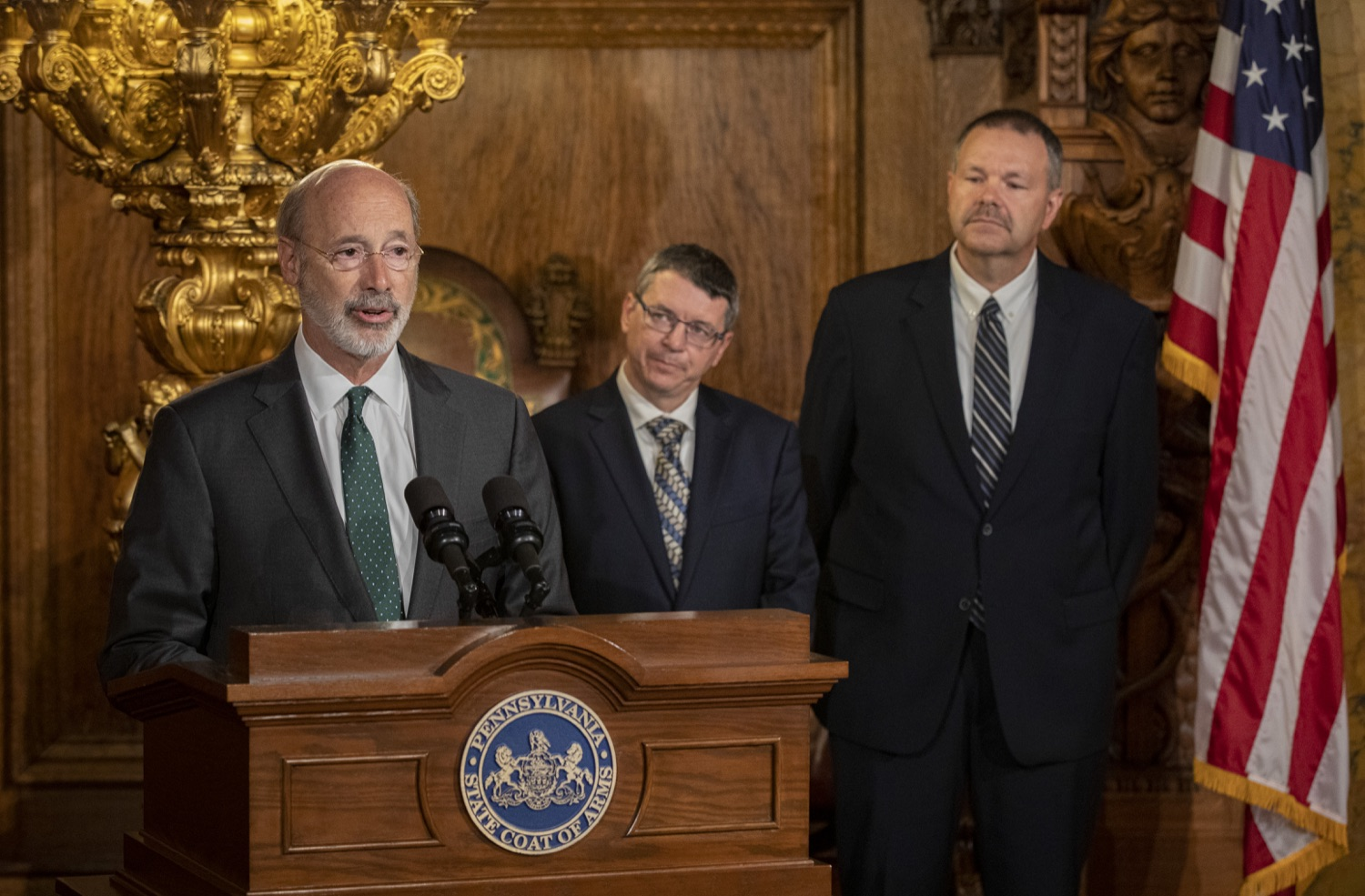 "<a href=""https://filesource.wostreaming.net/commonwealthofpa/photo/17469_GOV_ClimateChange_DE_005.jpg"" target=""_blank"">⇣ Download Photo<br></a>Governor Wolf Takes Executive Action to Combat Climate Change, Carbon Emissions"