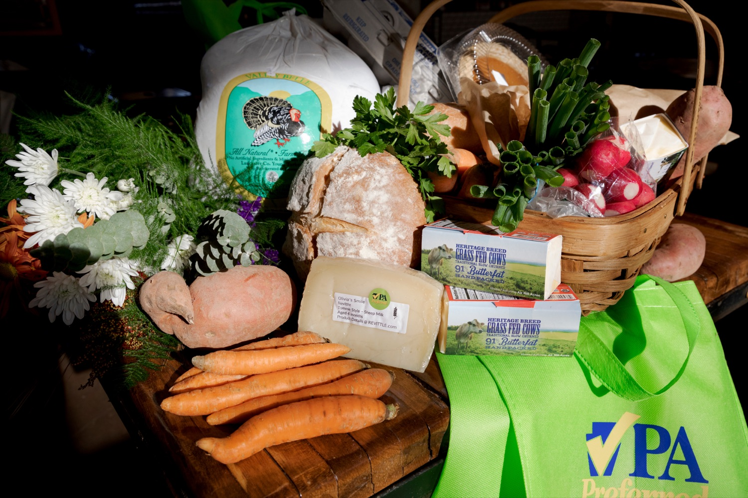 """<a href=""""https://filesource.wostreaming.net/commonwealthofpa/photo/17546_AGRIC_Buy_Local_NK_002.JPG"""" target=""""_blank"""">⇣Download Photo<br></a>Purchases made by Pennsylvania Department of Agriculture Secretary Russell Redding and his wife, Nina, are pictured inside Broad Street Market on Thursday, November 21, 2019."""