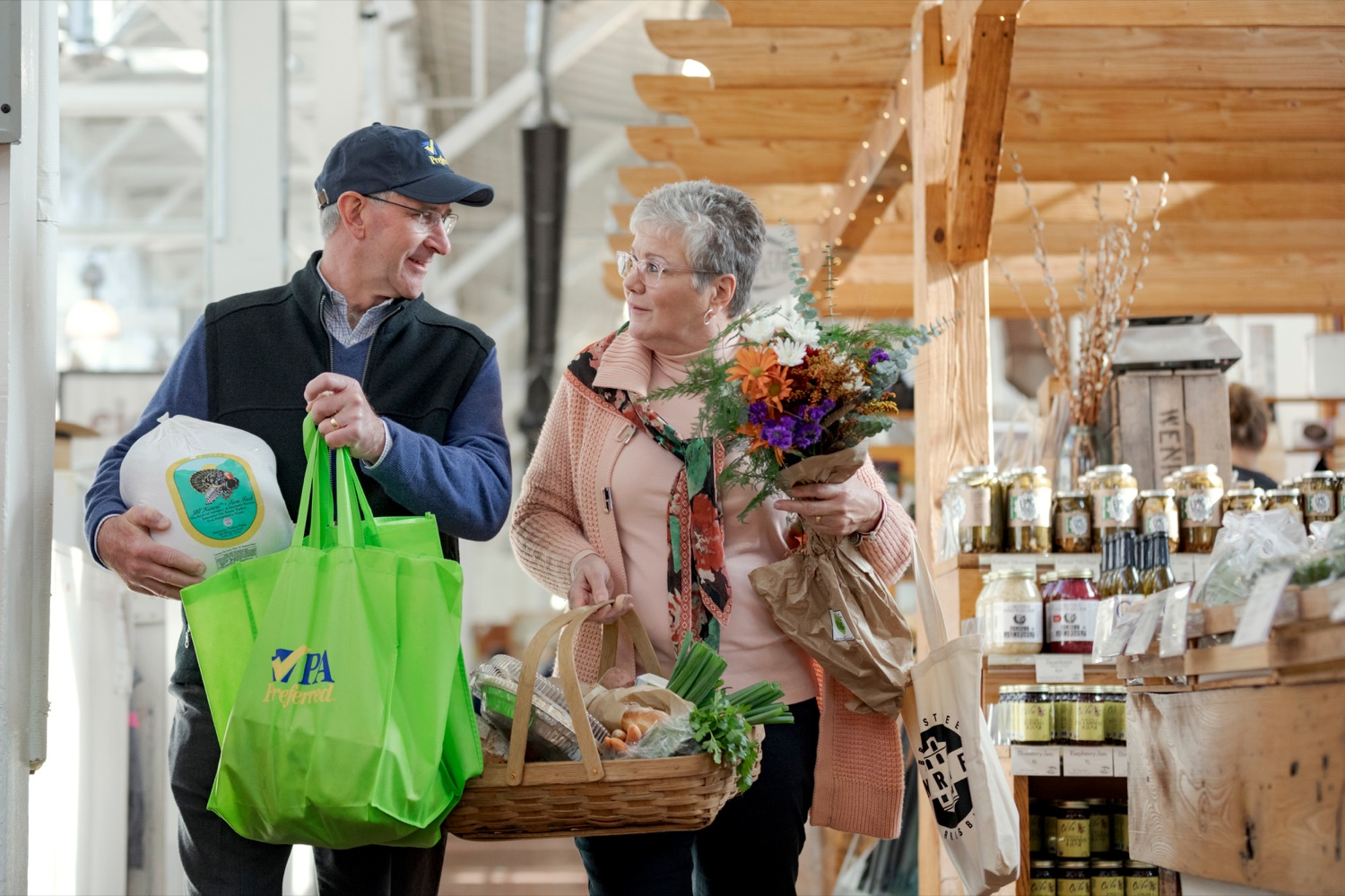 """<a href=""""https://filesource.wostreaming.net/commonwealthofpa/photo/17546_AGRIC_Buy_Local_NK_003.JPG"""" target=""""_blank"""">⇣Download Photo<br></a>Pennsylvania Department of Agriculture Secretary Russell Redding grocery shops with his wife, Nina, for Thanksgiving dinner inside Broad Street Market on Thursday, November 21, 2019."""