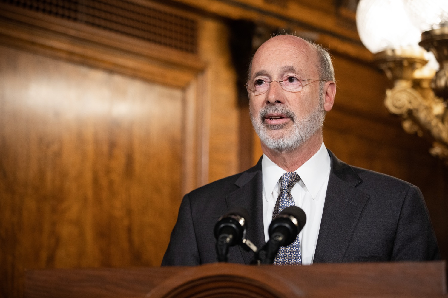 "<a href=""https://filesource.wostreaming.net/commonwealthofpa/photo/17554_gov_voter_reform_bill_dz_006.jpg"" target=""_blank"">⇣ Download Photo<br></a>Harrisburg, PA  Governor Tom Wolf speaks at the Election Reform Bill signing. Governor Wolf made voting more convenient and secure by signing Act 77 of 2019, the most significant improvement to Pennsylvanias elections in more than 80 years. The bipartisan compromise legislation takes effect for the April 2020 primary election and makes Pennsylvania a national leader with voter-friendly election reforms."