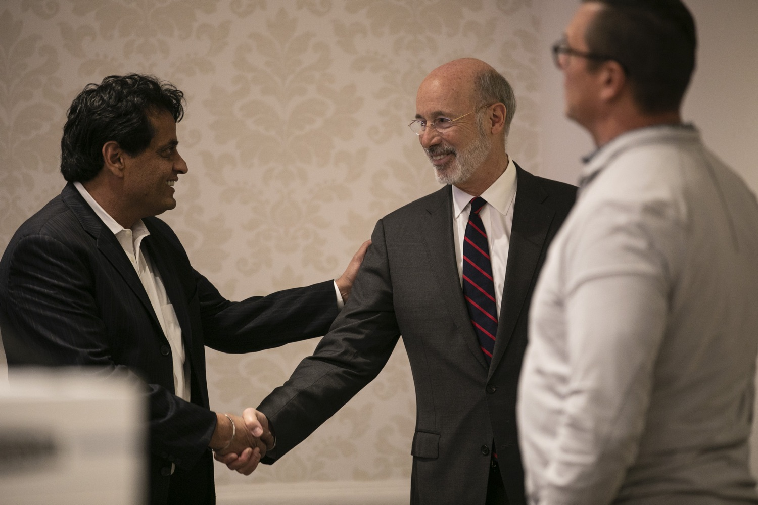 """<a href=""""https://filesource.wostreaming.net/commonwealthofpa/photo/17575_gov_philly_opioids_amb_002.jpg"""" target=""""_blank"""">⇣Download Photo<br></a>Governor Tom Wolf provides an update on the states progress in battling the opioid epidemic during the Pennsylvania Orthopaedic Societys Fall Meeting and Symposium. Department of Health Secretary Dr. Rachel Levine joined the governor on the opioid panel discussion. November 8, 2019. Philadelphia, PA."""