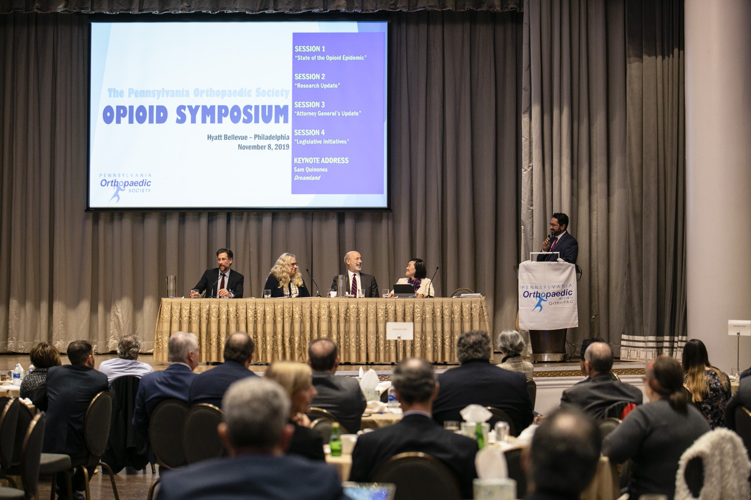 """<a href=""""https://filesource.wostreaming.net/commonwealthofpa/photo/17575_gov_philly_opioids_amb_009.jpg"""" target=""""_blank"""">⇣Download Photo<br></a>Governor Tom Wolf provides an update on the states progress in battling the opioid epidemic during the Pennsylvania Orthopaedic Societys Fall Meeting and Symposium. Department of Health Secretary Dr. Rachel Levine joined the governor on the opioid panel discussion. November 8, 2019. Philadelphia, PA."""