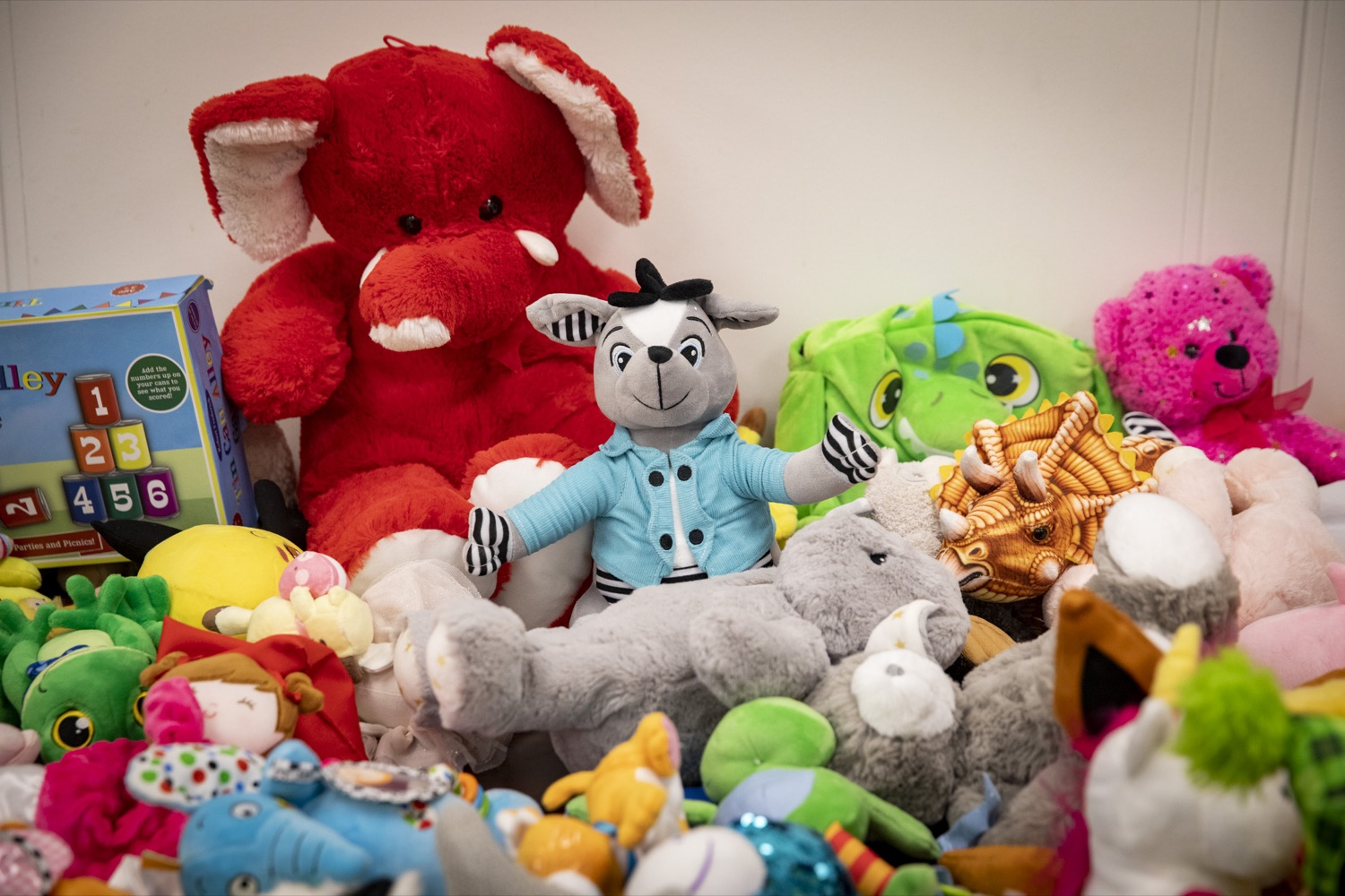 """<a href=""""https://filesource.wostreaming.net/commonwealthofpa/photo/17589_LandI_TOY_DONATION_CZ_06.JPG"""" target=""""_blank"""">⇣Download Photo<br></a>Over 900 toys passed safety inspections and will be given to the commonwealths 30th annual Holiday Wish program gift drive in Harrisburg on November 14, 2019."""