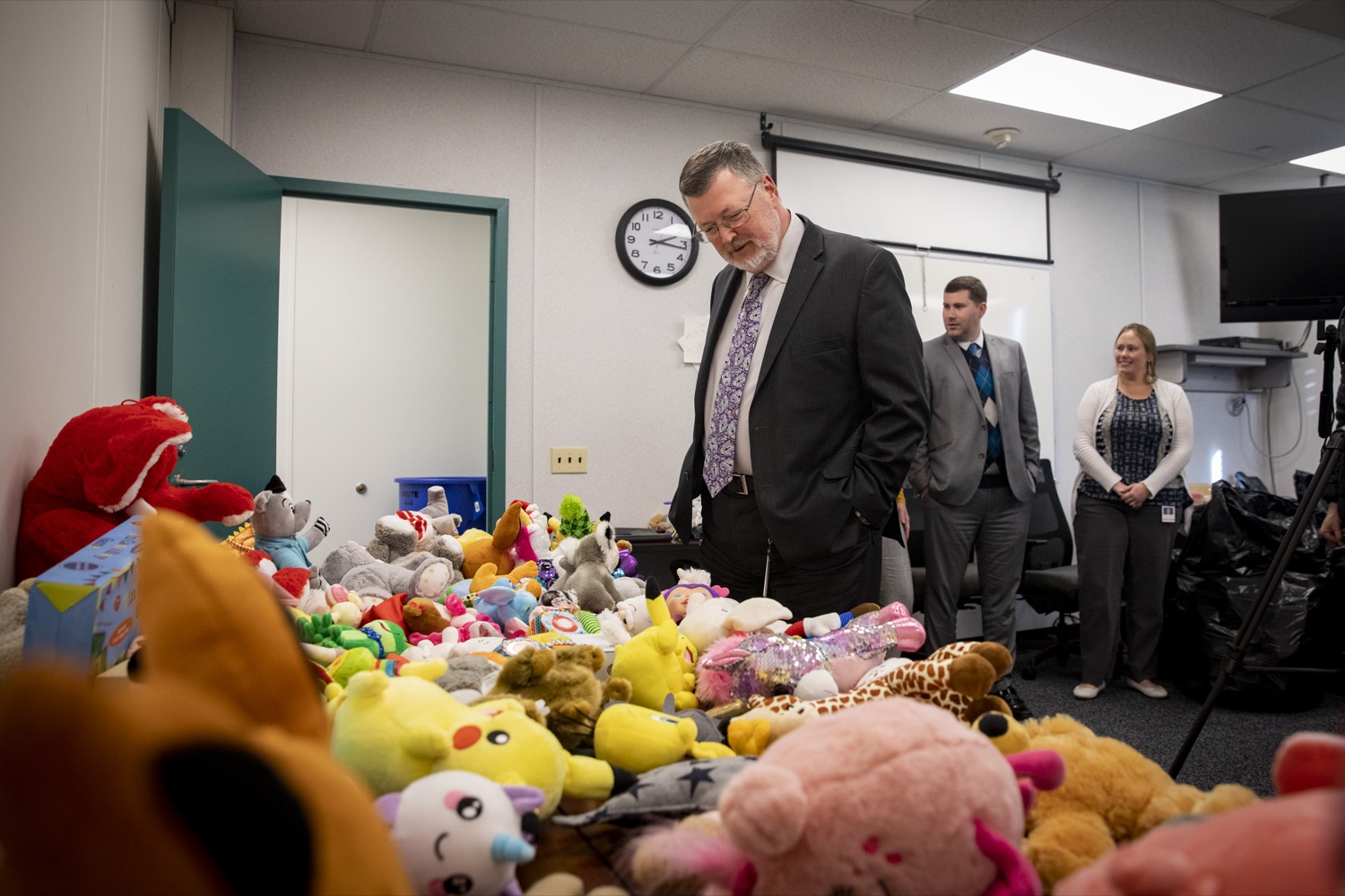 """<a href=""""https://filesource.wostreaming.net/commonwealthofpa/photo/17589_LandI_TOY_DONATION_CZ_07.JPG"""" target=""""_blank"""">⇣Download Photo<br></a>Labor and Industry Secretary Gerard Oleksiak looks at toys that will be given to the commonwealths 30th annual Holiday Wish program gift drive on November 14, 2019."""