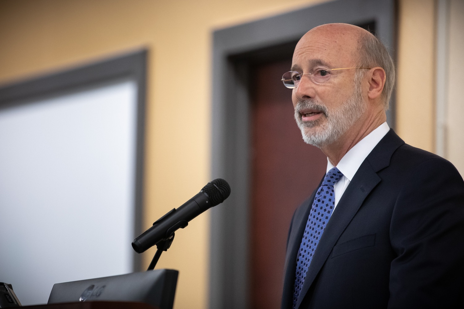 """<a href=""""https://filesource.wostreaming.net/commonwealthofpa/photo/17598_gov_charter_schools_dz_005.jpg"""" target=""""_blank"""">⇣Download Photo<br></a>Pennsylvania Governor Tom Wolf speaks about charter school reform at a meeting of the Pennsylvania Association of School Administrators.  Governor Tom Wolfs commonsense plan to improve the educational quality of charter schools and control rising costs will save nearly $280 million a year, the governor told the Pennsylvania Association of School Administrators today. The governor has a three-part plan to fix Pennsylvanias charter school law which is regarded as one of the worst in the nation.  - Harrisburg, PA. Friday, November 15, 2019."""