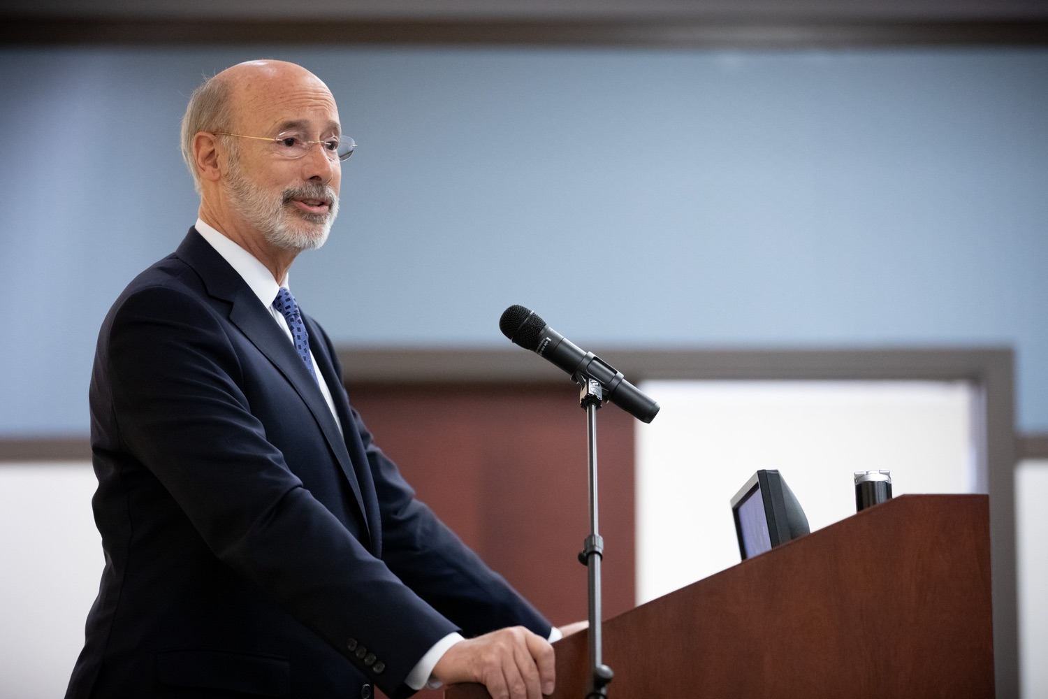 """<a href=""""https://filesource.wostreaming.net/commonwealthofpa/photo/17598_gov_charter_schools_dz_006.jpg"""" target=""""_blank"""">⇣Download Photo<br></a>Pennsylvania Governor Tom Wolf speaks about charter school reform at a meeting of the Pennsylvania Association of School Administrators.  Governor Tom Wolfs commonsense plan to improve the educational quality of charter schools and control rising costs will save nearly $280 million a year, the governor told the Pennsylvania Association of School Administrators today. The governor has a three-part plan to fix Pennsylvanias charter school law which is regarded as one of the worst in the nation.  - Harrisburg, PA. Friday, November 15, 2019."""