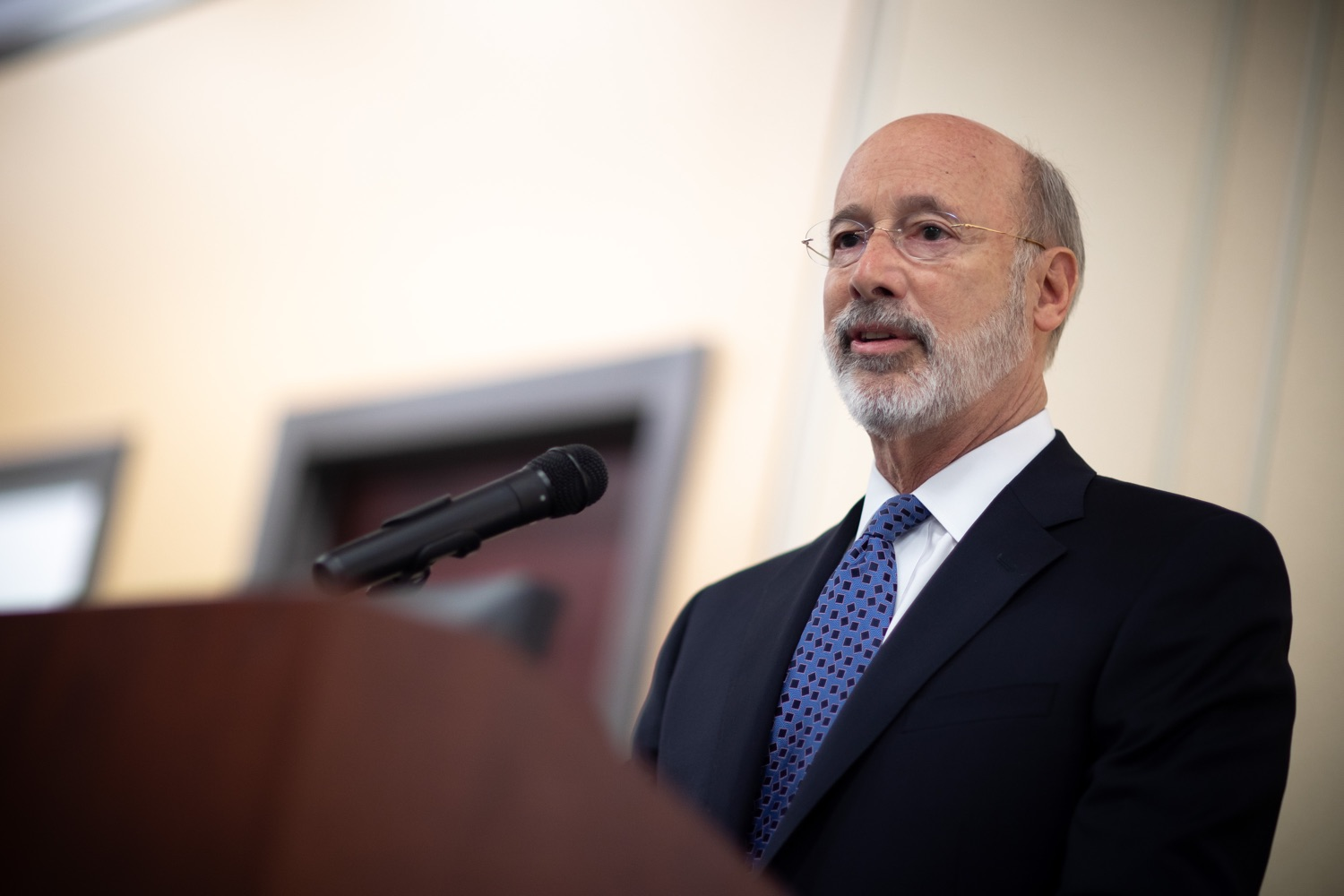 """<a href=""""https://filesource.wostreaming.net/commonwealthofpa/photo/17598_gov_charter_schools_dz_007.jpg"""" target=""""_blank"""">⇣Download Photo<br></a>Pennsylvania Governor Tom Wolf speaks about charter school reform at a meeting of the Pennsylvania Association of School Administrators.  Governor Tom Wolfs commonsense plan to improve the educational quality of charter schools and control rising costs will save nearly $280 million a year, the governor told the Pennsylvania Association of School Administrators today. The governor has a three-part plan to fix Pennsylvanias charter school law which is regarded as one of the worst in the nation.  - Harrisburg, PA. Friday, November 15, 2019."""