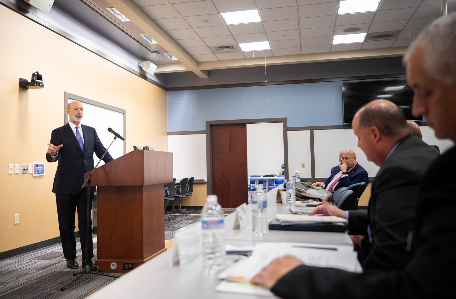 """<a href=""""https://filesource.wostreaming.net/commonwealthofpa/photo/17598_gov_charter_schools_dz_012.jpg"""" target=""""_blank"""">⇣Download Photo<br></a>Pennsylvania Governor Tom Wolf responds to questions about charter school reform from Pennsylvania Association of School Administrators President, Dr. Jeffrey Fuller at a meeting of the Pennsylvania Association of School Administrators.  Governor Tom Wolfs commonsense plan to improve the educational quality of charter schools and control rising costs will save nearly $280 million a year, the governor told the Pennsylvania Association of School Administrators today. The governor has a three-part plan to fix Pennsylvanias charter school law which is regarded as one of the worst in the nation.  - Harrisburg, PA. Friday, November 15, 2019."""