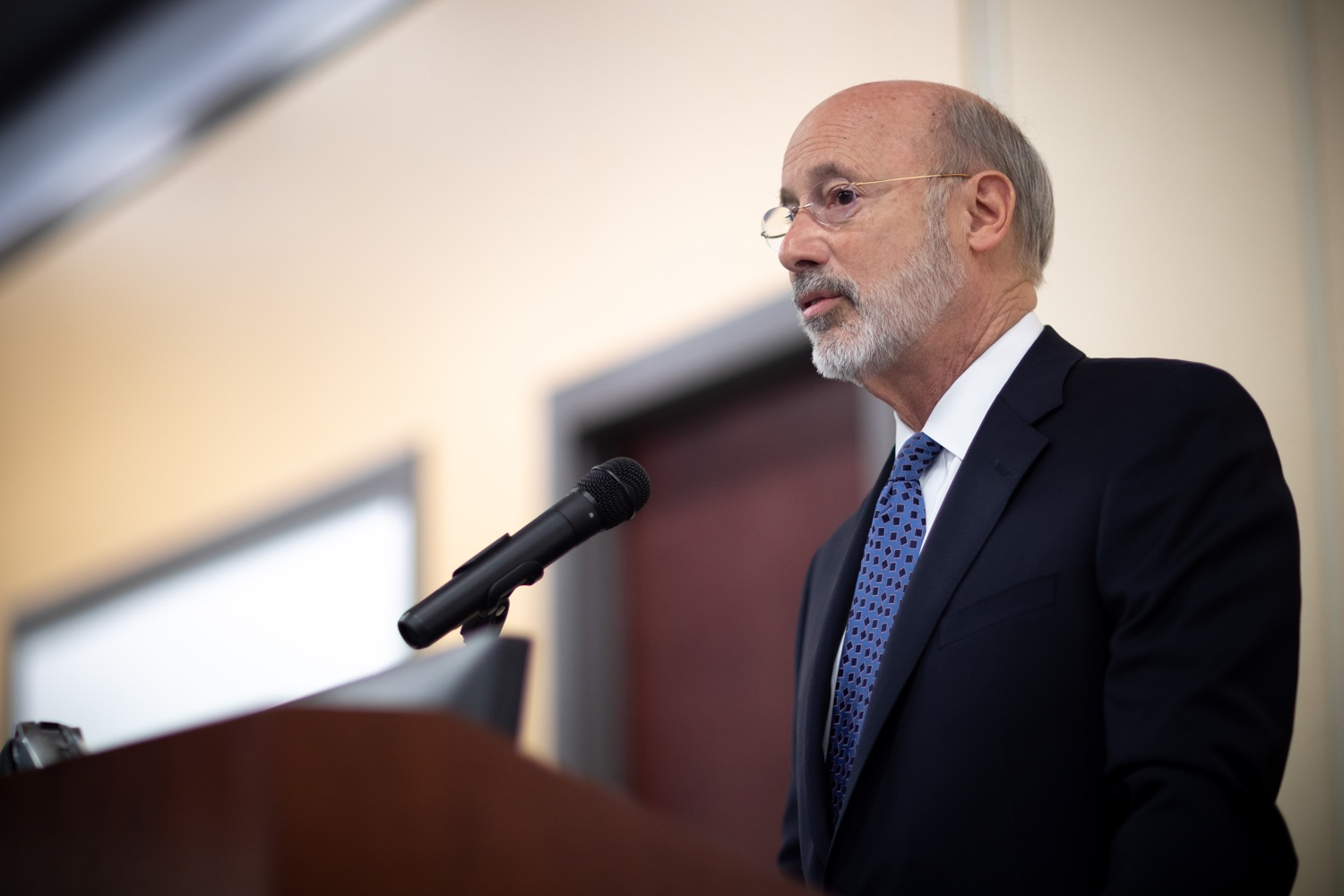 """<a href=""""https://filesource.wostreaming.net/commonwealthofpa/photo/17598_gov_charter_schools_dz_016.jpg"""" target=""""_blank"""">⇣Download Photo<br></a>Pennsylvania Governor Tom Wolf speaks about charter school reform at a meeting of the Pennsylvania Association of School Administrators.  Governor Tom Wolfs commonsense plan to improve the educational quality of charter schools and control rising costs will save nearly $280 million a year, the governor told the Pennsylvania Association of School Administrators today. The governor has a three-part plan to fix Pennsylvanias charter school law which is regarded as one of the worst in the nation.  - Harrisburg, PA. Friday, November 15, 2019."""