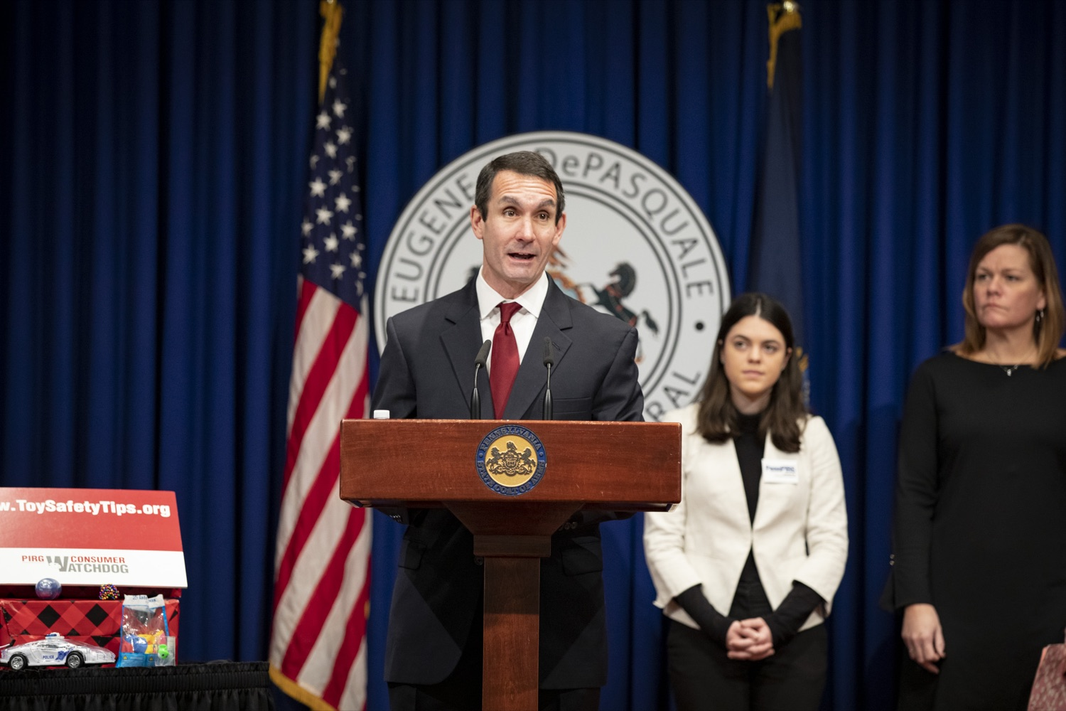 "<a href=""https://filesource.wostreaming.net/commonwealthofpa/photo/17610_AUDGEN_TOY_SAFETY_CZ_04.JPG"" target=""_blank"">⇣ Download Photo<br></a>Auditor General Eugene DePasquale announces the release of the 34th annual Trouble in Toyland report, advising to recall and remove hazardous toys from store shelves, at the Harrisburg Capitol on November 21, 2019."
