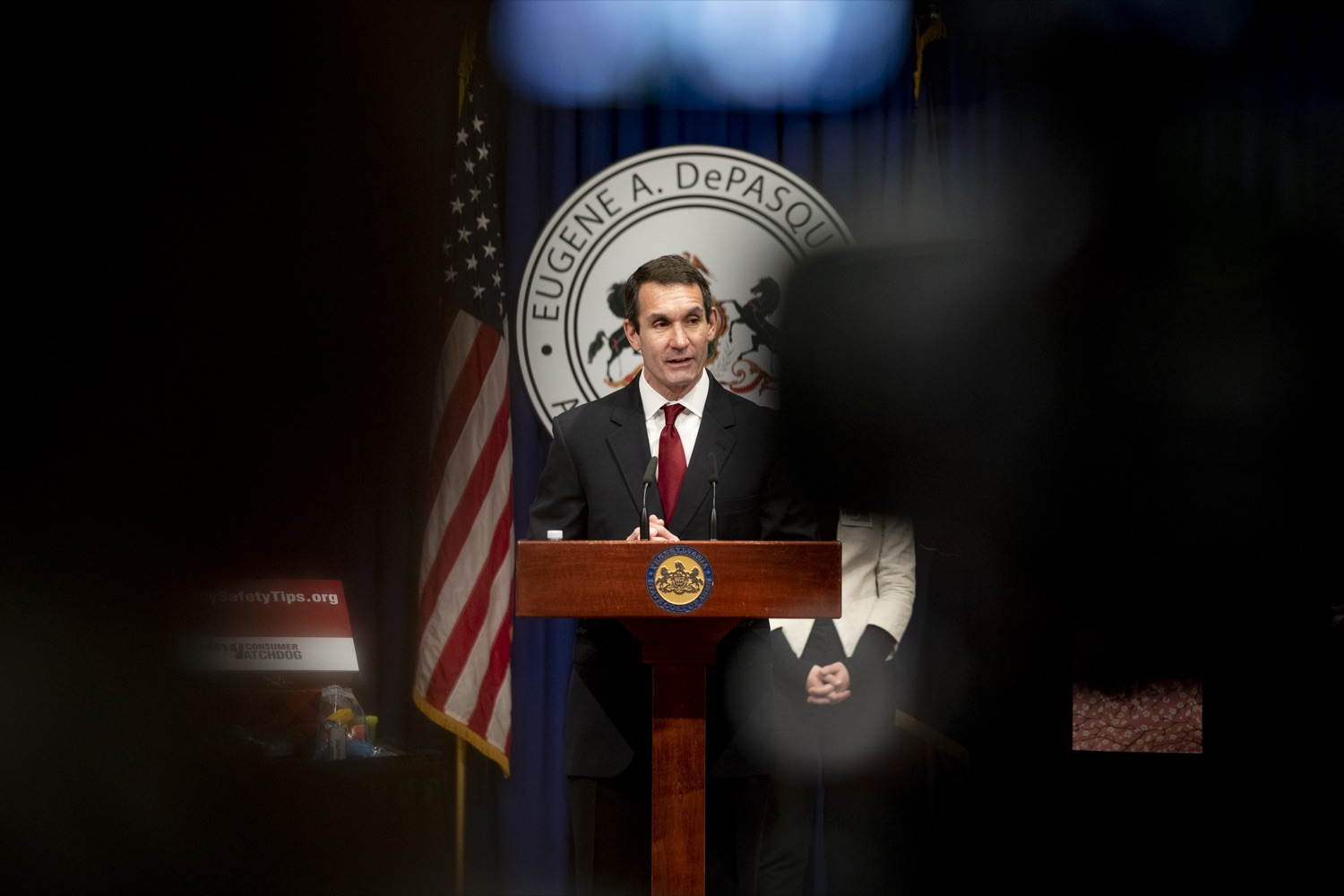 "<a href=""https://filesource.wostreaming.net/commonwealthofpa/photo/17610_AUDGEN_TOY_SAFETY_CZ_08.JPG"" target=""_blank"">⇣ Download Photo<br></a>Auditor General Eugene DePasquale announces the release of the 34th annual Trouble in Toyland report, advising to recall and remove hazardous toys from store shelves, at the Harrisburg Capitol on November 21, 2019."