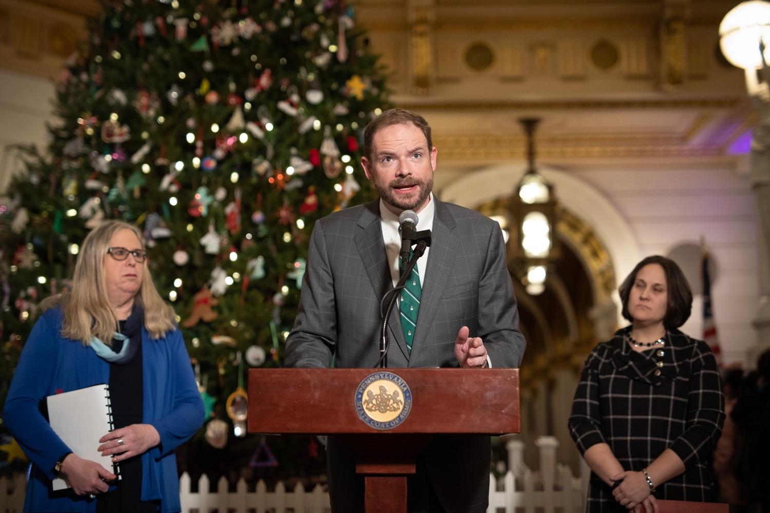"<a href=""https://filesource.wostreaming.net/commonwealthofpa/photo/17627_ddap_mental_health_dz_006.JPG"" target=""_blank"">⇣ Download Photo<br></a>Pennsylvania Department of Human Services Executive Deputy Secretary Clarke Madden Speaking in the Capitol Rotunda.  Today, members of the Wolf Administration spoke in the state Capitol Rotunda to share resources and advice for individuals and families affected by mental health and substance use disorders (SUD) during the holiday season. Harrisburg, PA   December 20, 2019"