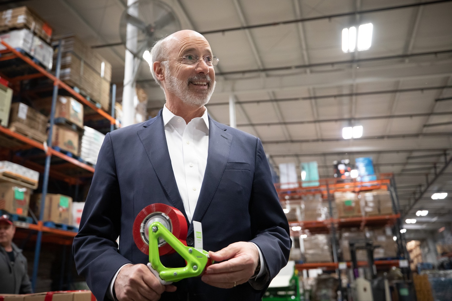 "<a href=""https://filesource.wostreaming.net/commonwealthofpa/photo/17632_gov_foodbank_volunteering_dz_009.jpg"" target=""_blank"">⇣ Download Photo<br></a>Governor Tom Wolf loading boxes of food at the Central Pennsylvania Food Bank.  The governor and first lady visit the Central Pennsylvania Food Bank in Harrisburg to participate in a volunteer project, packing boxes of food for veterans and their families. Ahead of Thanksgiving and the holiday season, Governor Tom Wolf and First Lady Frances Wolf are reminding Pennsylvanians of the importance of helping each other. Harrisburg, PA  Tuesday November 26, 2019"