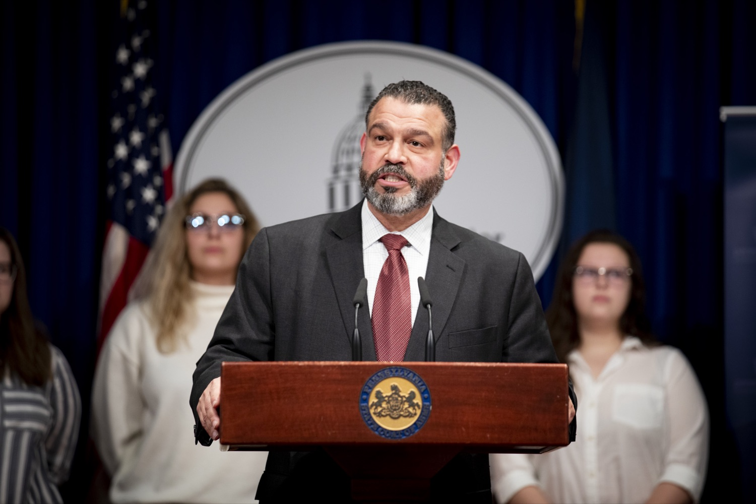 "<a href=""https://filesource.wostreaming.net/commonwealthofpa/photo/17692_pde_ItsOnUs_CZ_04.JPG"" target=""_blank"">⇣ Download Photo<br></a>Secretary Pedro Rivera announces nearly $1 Million in grants from the Wolf Administration to combat campus sexual assault at 36 colleges and universities across Pennsylvania, at the Harrisburg Capitol on January 16, 2020."