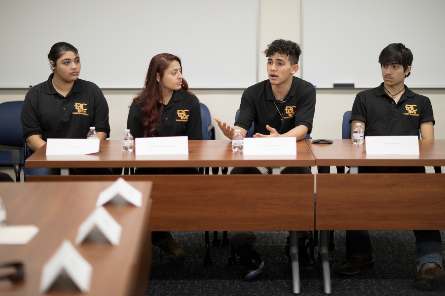 """<a href=""""https://filesource.wostreaming.net/commonwealthofpa/photo/17719_AUD_GEN_Tech_School_NK_011.JPG"""" target=""""_blank"""">⇣Download Photo<br></a>From left; Dauphin County Technical School students Olivia Juett, 18, studying criminal justice; Jayliz DeJesus-Carattini, 17, studying building construction tech; Javier Perez-McGovern, 18, studying automotive; and Daric Pastuch, 16, studying masonry, participate in a roundtable discussion inside the school on Wednesday, January 15, 2020."""