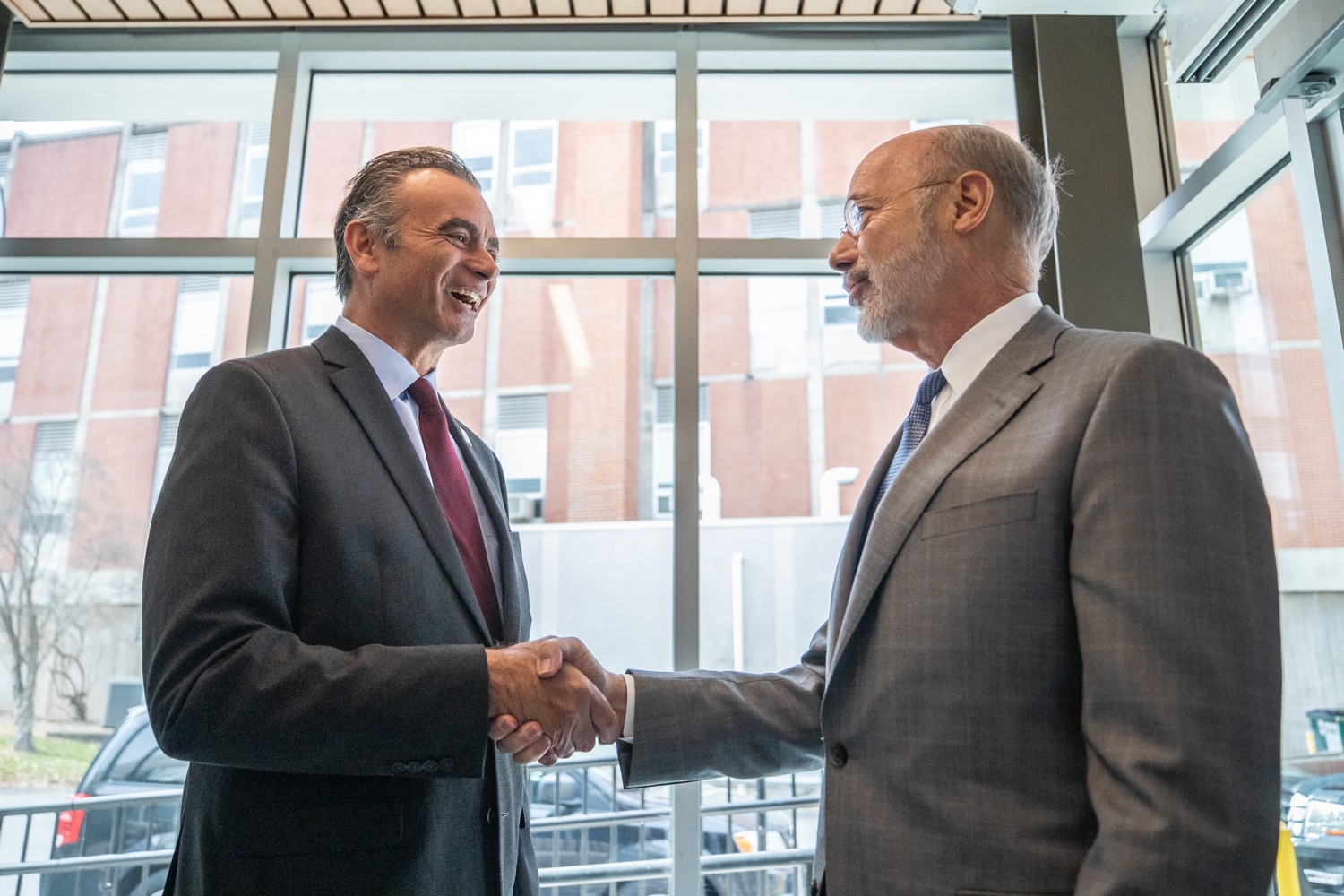 """<a href=""""https://filesource.wostreaming.net/commonwealthofpa/photo/17763_gov_highered_dz_010.jpg"""" target=""""_blank"""">⇣Download Photo<br></a>Governor Tom Wolf speaks to Lock Haven University President Robert M. Pignatello.  Governor Tom Wolf visited Lock Haven University today to launch a tour of the 14 state-owned universities and discuss his proposal to help thousands of low- and middle-class students afford their dream of a college education. Lock Haven, PA  February 12, 2020"""