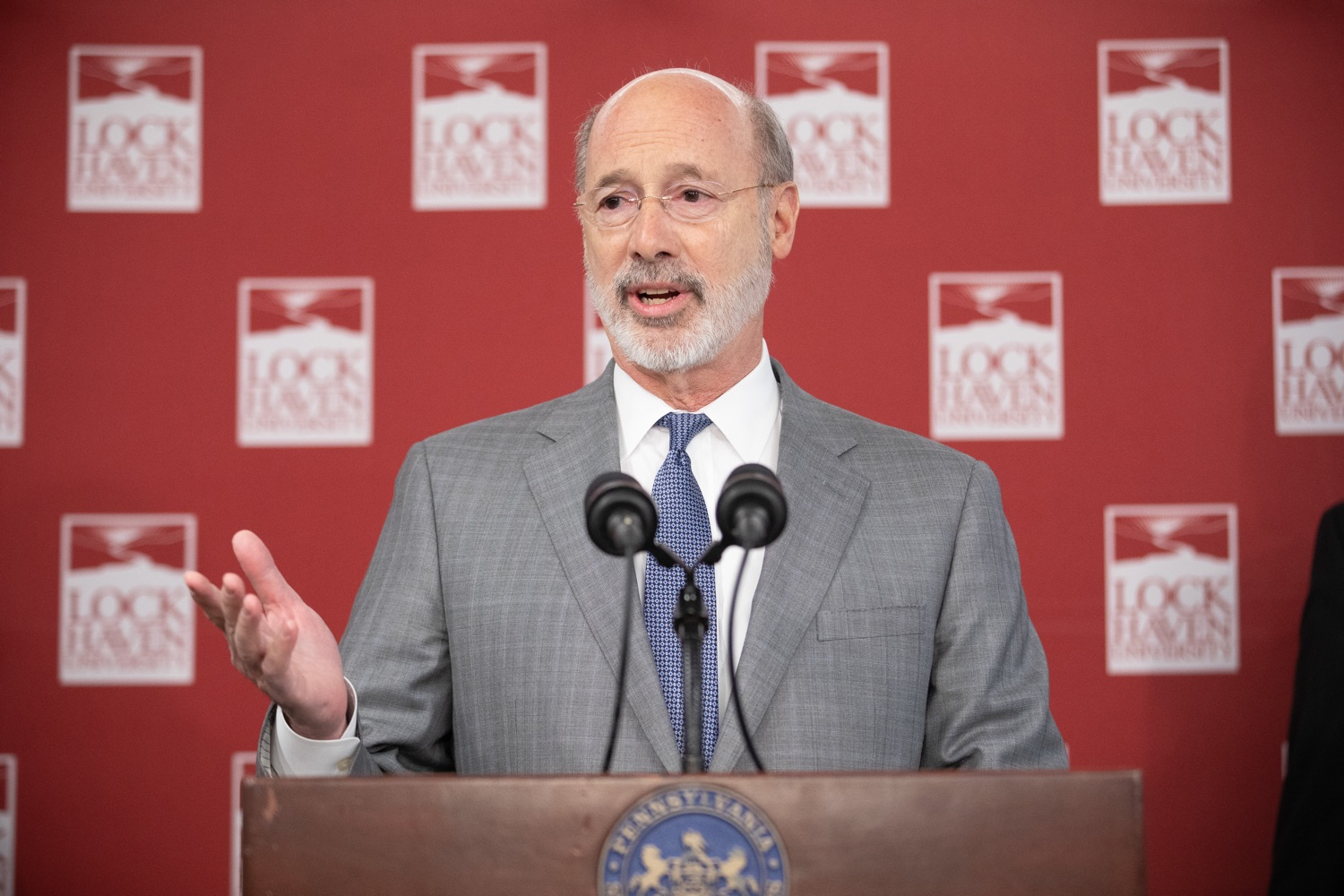 """<a href=""""https://filesource.wostreaming.net/commonwealthofpa/photo/17763_gov_highered_dz_016.jpg"""" target=""""_blank"""">⇣Download Photo<br></a>Governor Tom Wolf speaks to students at Lock Haven University.  Governor Tom Wolf visited Lock Haven University today to launch a tour of the 14 state-owned universities and discuss his proposal to help thousands of low- and middle-class students afford their dream of a college education. Lock Haven, PA  February 12, 2020"""