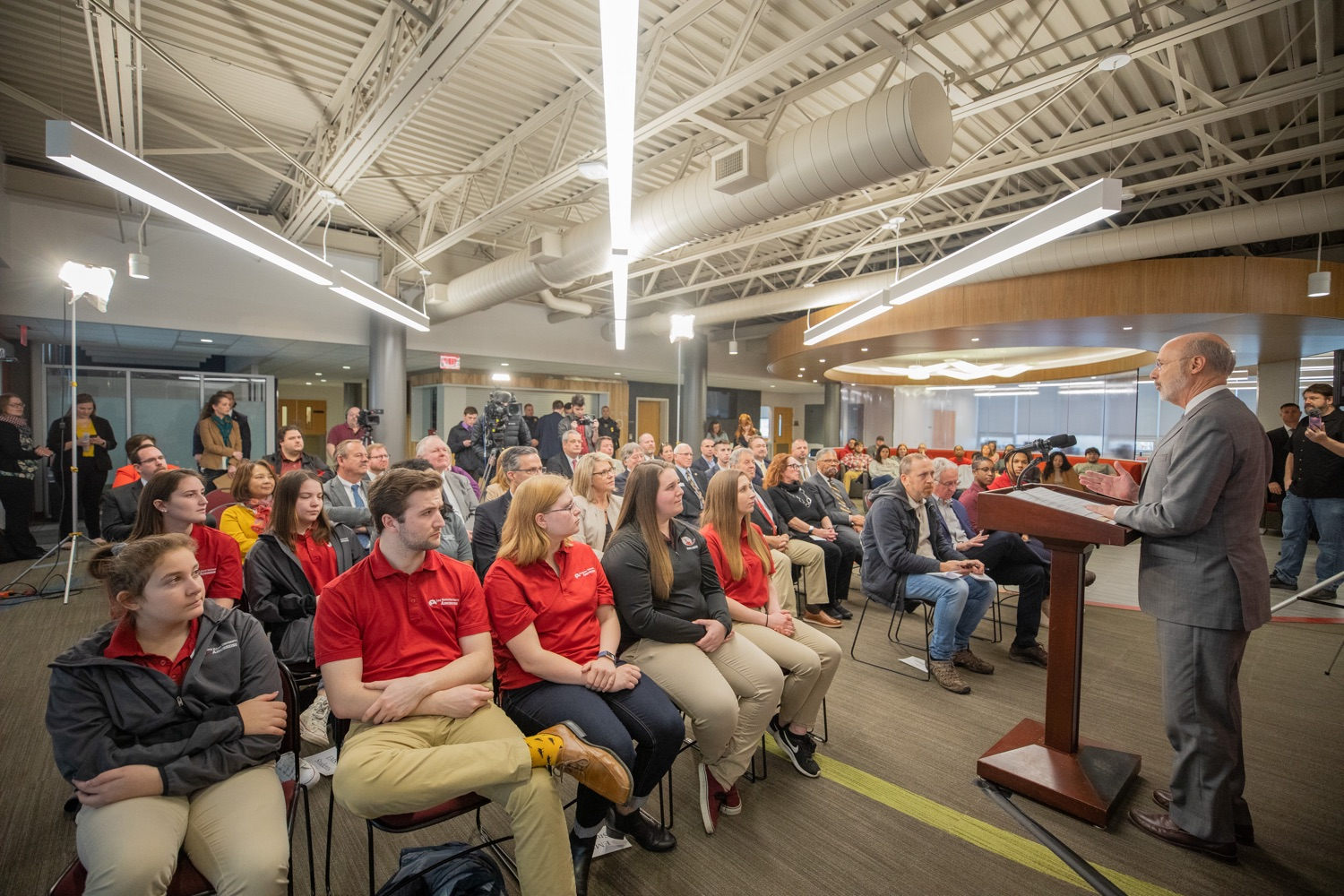 """<a href=""""https://filesource.wostreaming.net/commonwealthofpa/photo/17763_gov_highered_dz_022.jpg"""" target=""""_blank"""">⇣Download Photo<br></a>Governor Tom Wolf speaks to students at Lock Haven University.  Governor Tom Wolf visited Lock Haven University today to launch a tour of the 14 state-owned universities and discuss his proposal to help thousands of low- and middle-class students afford their dream of a college education. Lock Haven, PA  February 12, 2020"""
