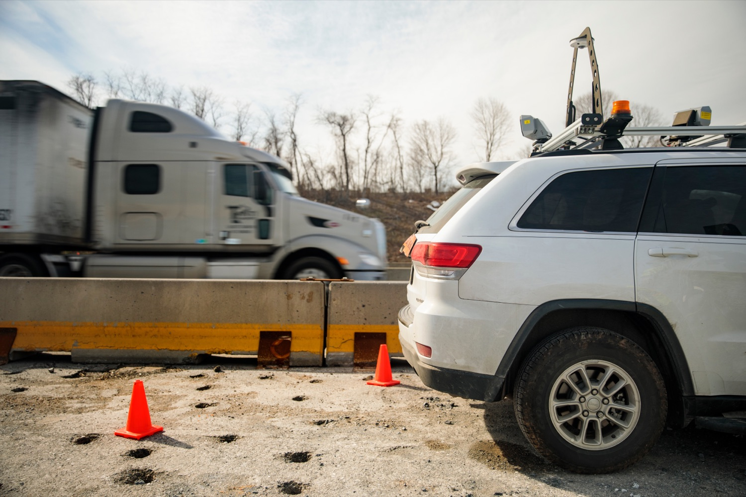 """<a href=""""https://filesource.wostreaming.net/commonwealthofpa/photo/17774_PennDOT_AWZSE_NK_010.JPG"""" target=""""_blank"""">⇣Download Photo<br></a>Pennsylvanias AWZSE program uses vehicle-mounted systems to detect and record motorists exceeding posted work zone speed limits by 11 miles per hour or more using electronic speed timing devices. AWZSE systems are only operational in active work zones where workers are present. Beginning today, registered owners will receive a warning letter for a first offense, a violation notice and $75 fine for a second offense, and a violation notice and $150 fine for third and subsequent offenses. These violations are civil penalties only; no points will be assessed to drivers licenses."""