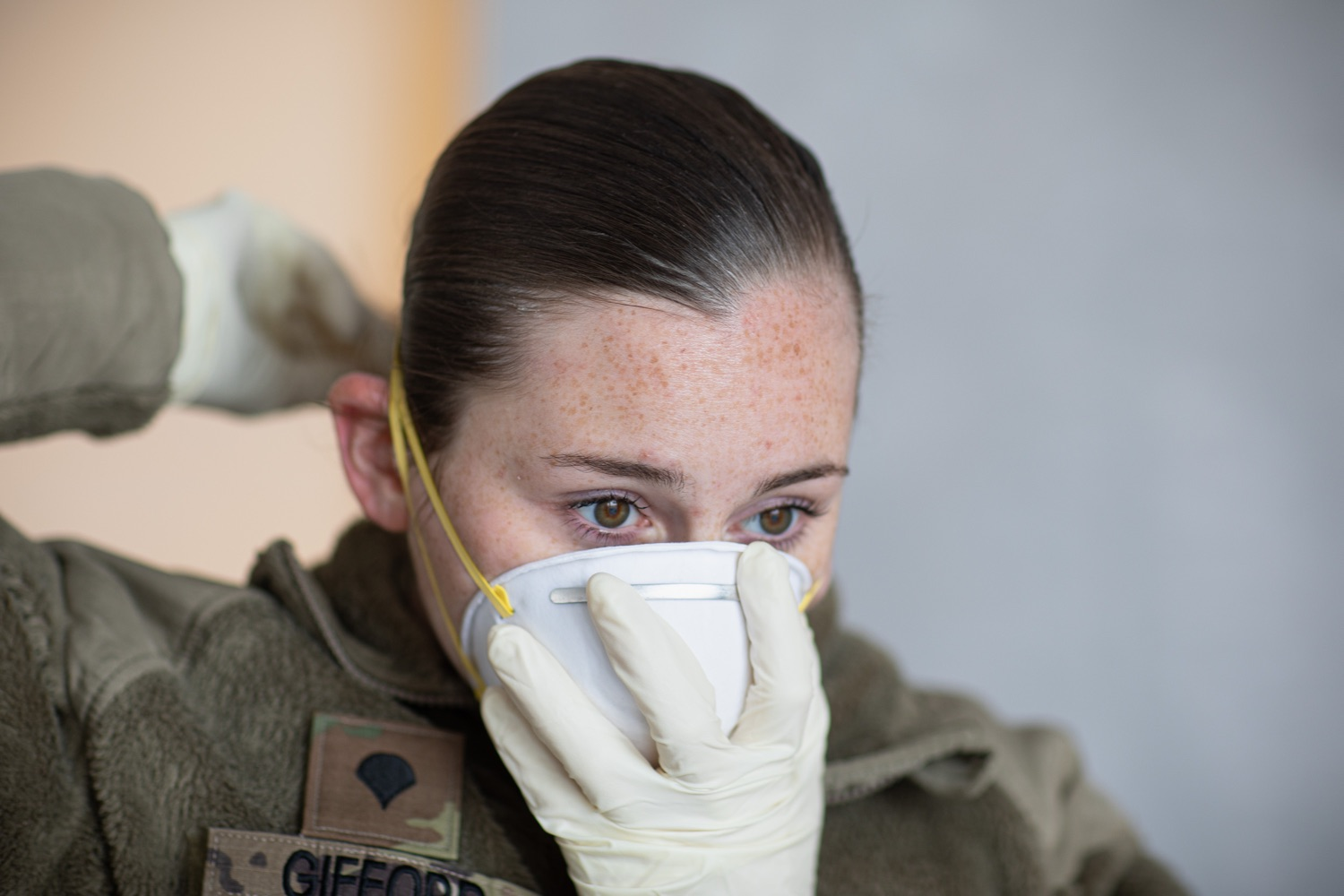 "<a href=""https://filesource.wostreaming.net/commonwealthofpa/photo/17965_doh_Testing_Site_dz_dz_0007.jpg"" target=""_blank"">⇣ Download Photo<br></a>Pennsylvania National Guard member Morgan Gifford responders preparing for testing subjects to arrive at the test location.  The Wolf Administration provided pictures of the COVID-19 testing site at Mohegan Sun Arena at Casey Plaza in Wilkes-Barre, Luzerne County, that will provide much-needed testing for symptomatic first responders, health care workers and residents 65 or older throughout Northeastern Pennsylvania.  Monday, April 20, 2020 - Wilkes-Barre, Luzerne County"