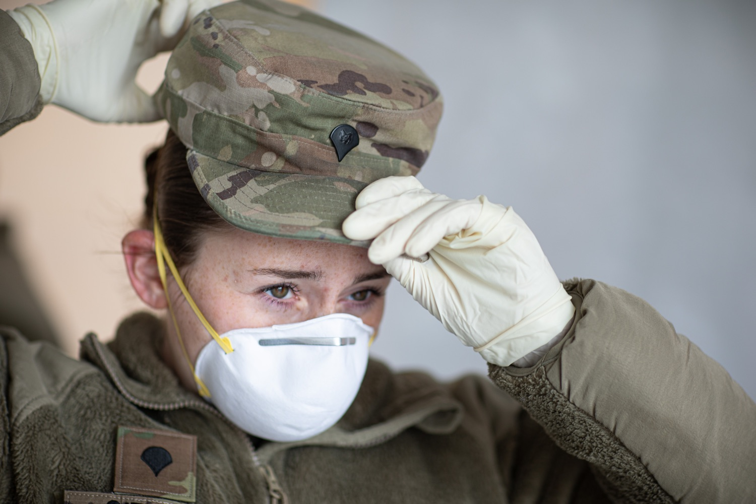 "<a href=""https://filesource.wostreaming.net/commonwealthofpa/photo/17965_doh_Testing_Site_dz_dz_0020.jpg"" target=""_blank"">⇣ Download Photo<br></a>Pennsylvania National Guard member Morgan Gifford responders preparing for testing subjects to arrive at the test location.  The Wolf Administration provided pictures of the COVID-19 testing site at Mohegan Sun Arena at Casey Plaza in Wilkes-Barre, Luzerne County, that will provide much-needed testing for symptomatic first responders, health care workers and residents 65 or older throughout Northeastern Pennsylvania.  Monday, April 20, 2020 - Wilkes-Barre, Luzerne County"