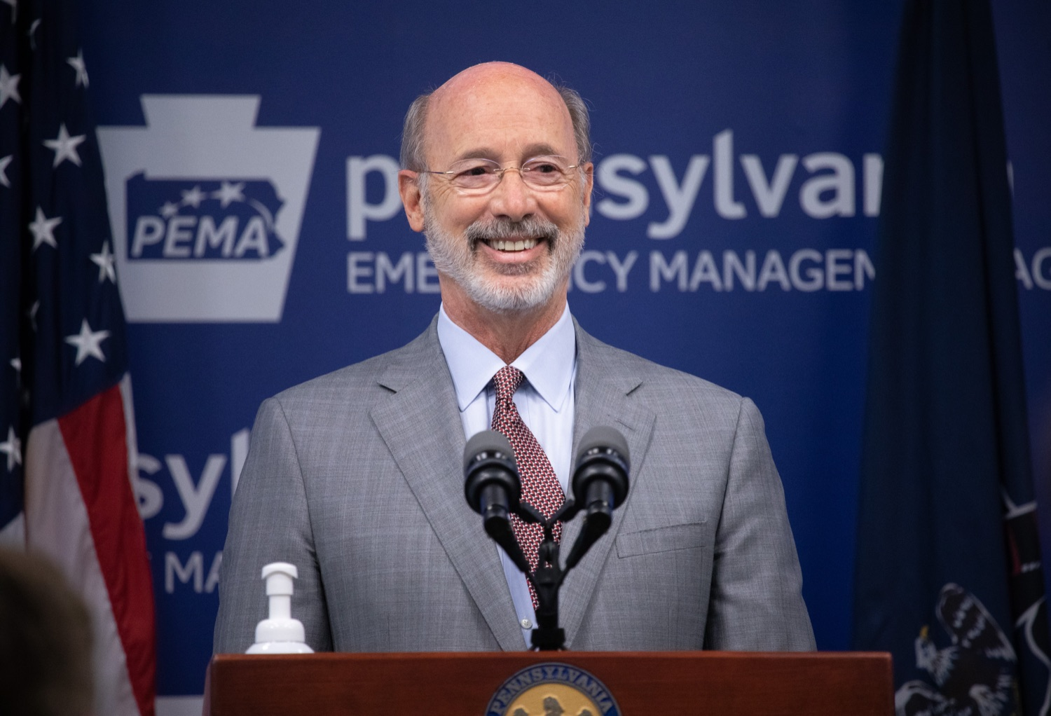 """<a href=""""https://filesource.wostreaming.net/commonwealthofpa/photo/18074_gov_doh_covid_update_dz_0007.JPG"""" target=""""_blank"""">⇣Download Photo<br></a>Pennsylvania Governor Tom Wolf answering questions from the press.  Governor Tom Wolf today announced a $225 million statewide grant program to support small businesses that were impacted by the COVID-19 public health crisis and subsequent business closure order.   Harrisburg, PA   June 8, 2020"""