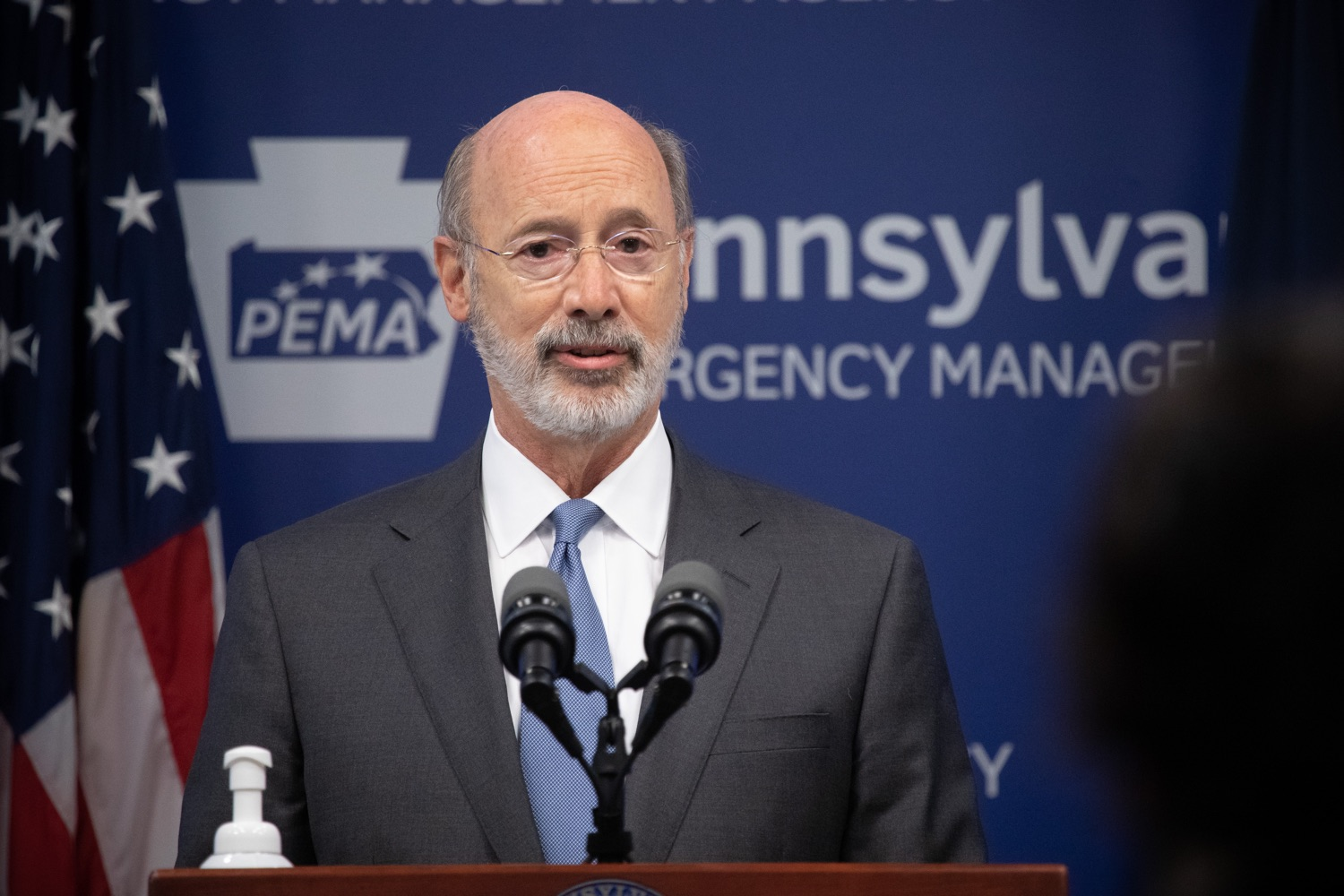 "<a href=""https://filesource.wostreaming.net/commonwealthofpa/photo/18088_gov_covid_update_dz_0003.jpg"" target=""_blank"">⇣ Download Photo<br></a>Governor Tom Wolf answers questions from the press. Governor Tom Wolf announced that people with intellectual disabilities and autism and the providers of support services for these vulnerable Pennsylvanians will receive $260 million in CARES Act funding to help continue to provide services during the COVID-19 pandemic.  Gov. Wolf was joined by Department of Human Services Secretary Teresa Miller, who outlined to details of funding allocations.  JUNE 15, 2020 - HARRISBURG, PA"
