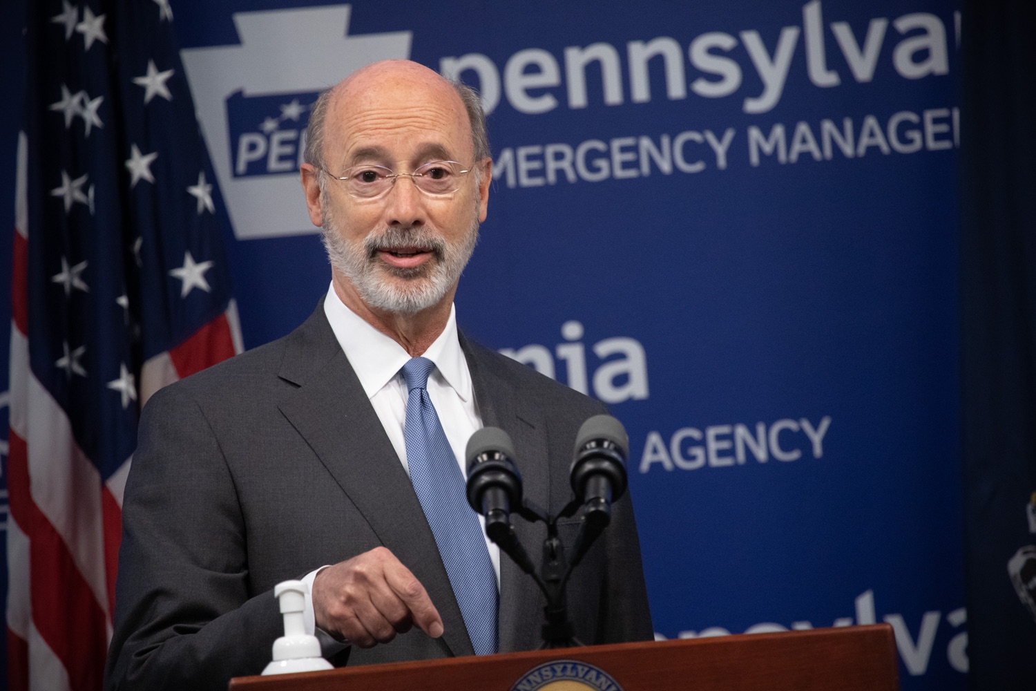 "<a href=""https://filesource.wostreaming.net/commonwealthofpa/photo/18088_gov_covid_update_dz_0012.jpg"" target=""_blank"">⇣ Download Photo<br></a>Governor Tom Wolf answers questions from the press. Governor Tom Wolf announced that people with intellectual disabilities and autism and the providers of support services for these vulnerable Pennsylvanians will receive $260 million in CARES Act funding to help continue to provide services during the COVID-19 pandemic.  Gov. Wolf was joined by Department of Human Services Secretary Teresa Miller, who outlined to details of funding allocations.  JUNE 15, 2020 - HARRISBURG, PA"