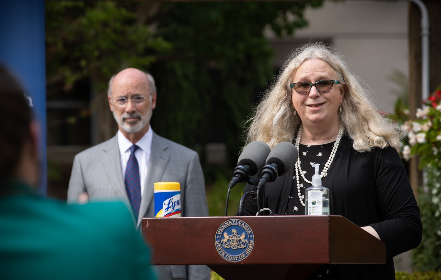 """<a href=""""https://filesource.wostreaming.net/commonwealthofpa/photo/18093_gov-healthcare_workers_dz_04.jpg"""" target=""""_blank"""">⇣Download Photo<br></a>Sec. of Health Dr. Rachel Levine answering questions from the press during her visit to Milton S. Hershey Medical Center. As the commonwealth continues its measured, phased reopening and COVID-19 case counts continue to decline, Governor Tom Wolf visited Penn State Milton S. Hershey Medical Center today to thank staff and learn more about how the facility is handling the pandemic and preparing for a possible resurgence in the fall.  Harrisburg, PA  June 24, 2020"""