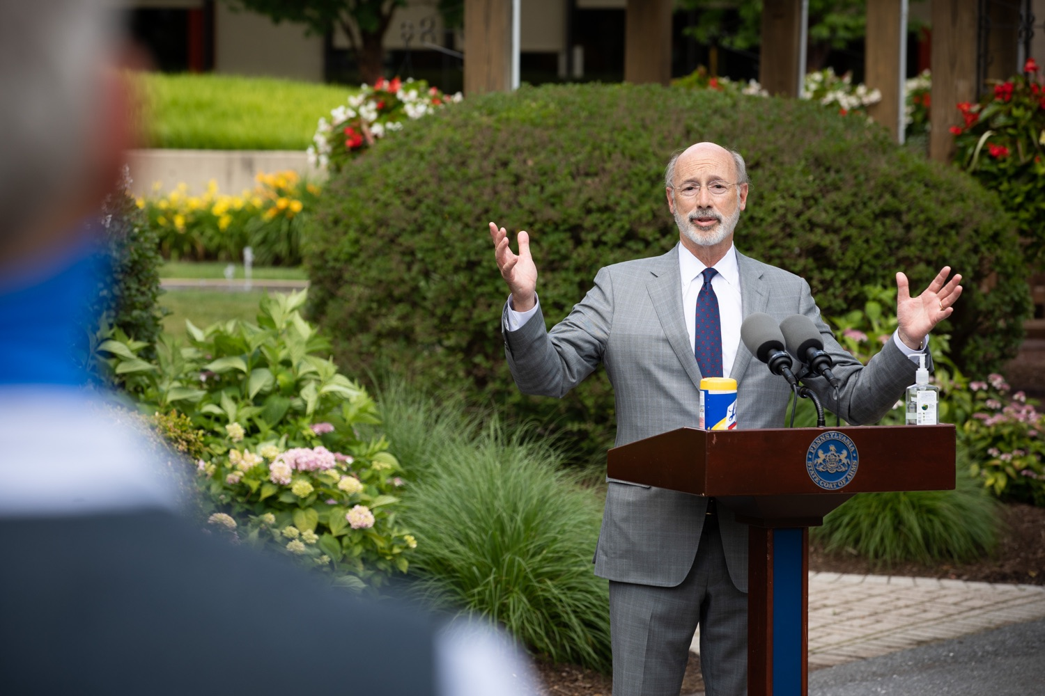 """<a href=""""https://filesource.wostreaming.net/commonwealthofpa/photo/18093_gov-healthcare_workers_dz_11.jpg"""" target=""""_blank"""">⇣Download Photo<br></a>Pennsylvania Governor Tom Wolf answering questions from the press during his visit to Milton S. Hershey Medical Center. As the commonwealth continues its measured, phased reopening and COVID-19 case counts continue to decline, Governor Tom Wolf visited Penn State Milton S. Hershey Medical Center today to thank staff and learn more about how the facility is handling the pandemic and preparing for a possible resurgence in the fall.  Harrisburg, PA  June 24, 2020"""