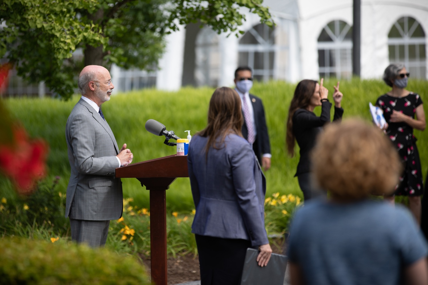 """<a href=""""https://filesource.wostreaming.net/commonwealthofpa/photo/18093_gov-healthcare_workers_dz_20.jpg"""" target=""""_blank"""">⇣Download Photo<br></a>Pennsylvania Governor Tom Wolf answering questions from the press during his visit to Milton S. Hershey Medical Center. As the commonwealth continues its measured, phased reopening and COVID-19 case counts continue to decline, Governor Tom Wolf visited Penn State Milton S. Hershey Medical Center today to thank staff and learn more about how the facility is handling the pandemic and preparing for a possible resurgence in the fall.  Harrisburg, PA  June 24, 2020"""