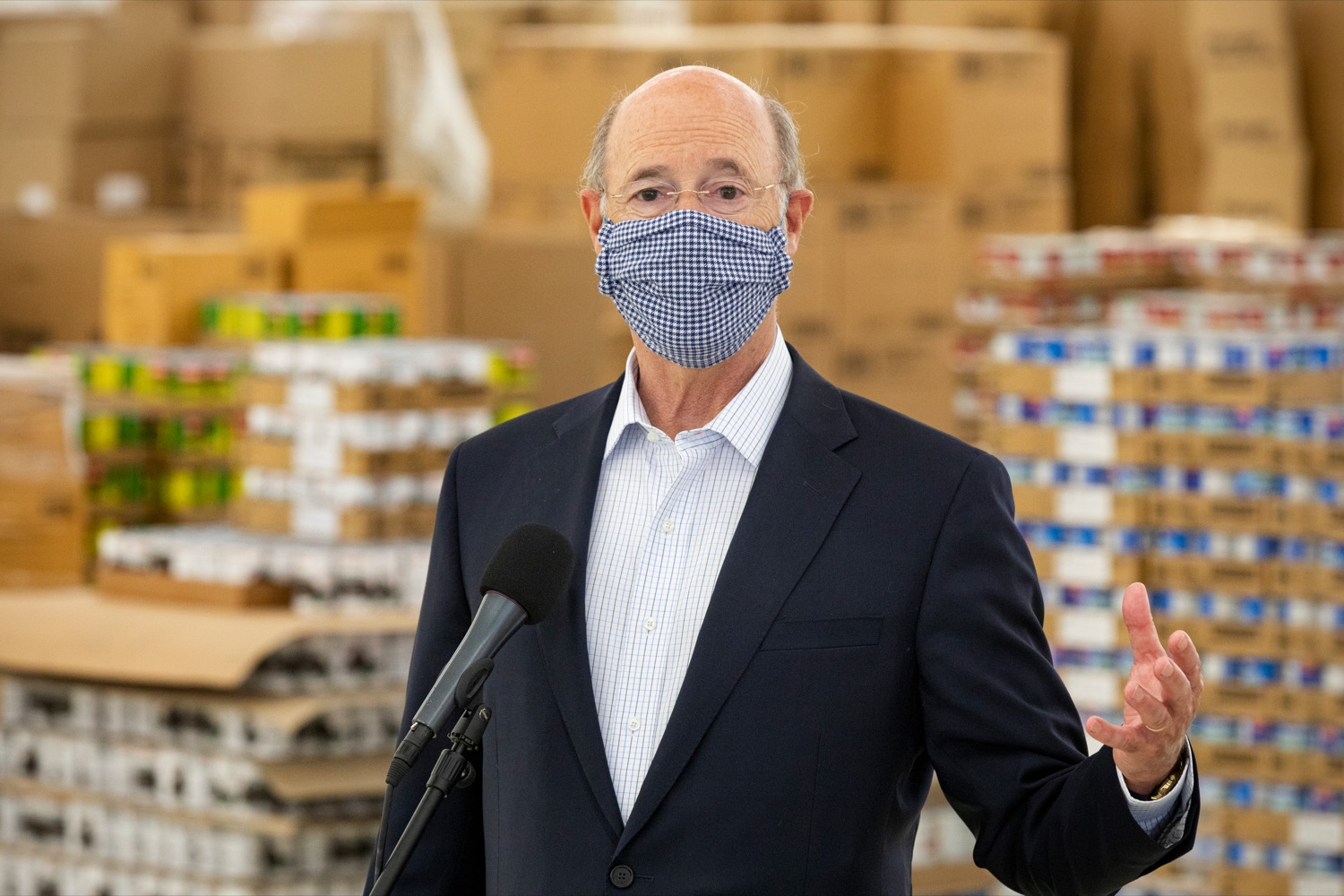 "<a href=""https://filesource.wostreaming.net/commonwealthofpa/photo/18095_GOV_Food_Bank_Volunteers_NK_007.jpg"" target=""_blank"">⇣ Download Photo<br></a>Governor Tom Wolf speaks after a tour of the York County Food Banks East York Emergency Food Hub on Tuesday, June 23, 2020."