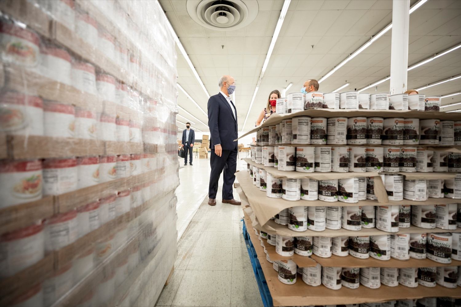 "<a href=""https://filesource.wostreaming.net/commonwealthofpa/photo/18095_GOV_Food_Bank_Volunteers_NK_013.jpg"" target=""_blank"">⇣ Download Photo<br></a>Governor Tom Wolf gets a tour of the York County Food Banks East York Emergency Food Hub, led by York County Food Bank's Jennifer Brillhart, president and CEO, center, and Zach Wolgemuth, director of programs, right, on Tuesday, June 23, 2020."