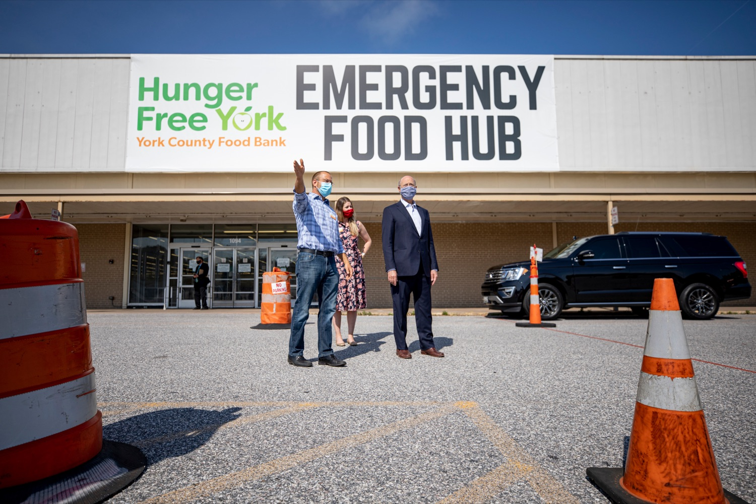 "<a href=""https://filesource.wostreaming.net/commonwealthofpa/photo/18095_GOV_Food_Bank_Volunteers_NK_014.jpg"" target=""_blank"">⇣ Download Photo<br></a>Governor Tom Wolf gets a tour of the York County Food Banks East York Emergency Food Hub, led by York County Food Bank's Zach Wolgemuth, director of programs, left, and Jennifer Brillhart, president and CEO, center, on Tuesday, June 23, 2020."