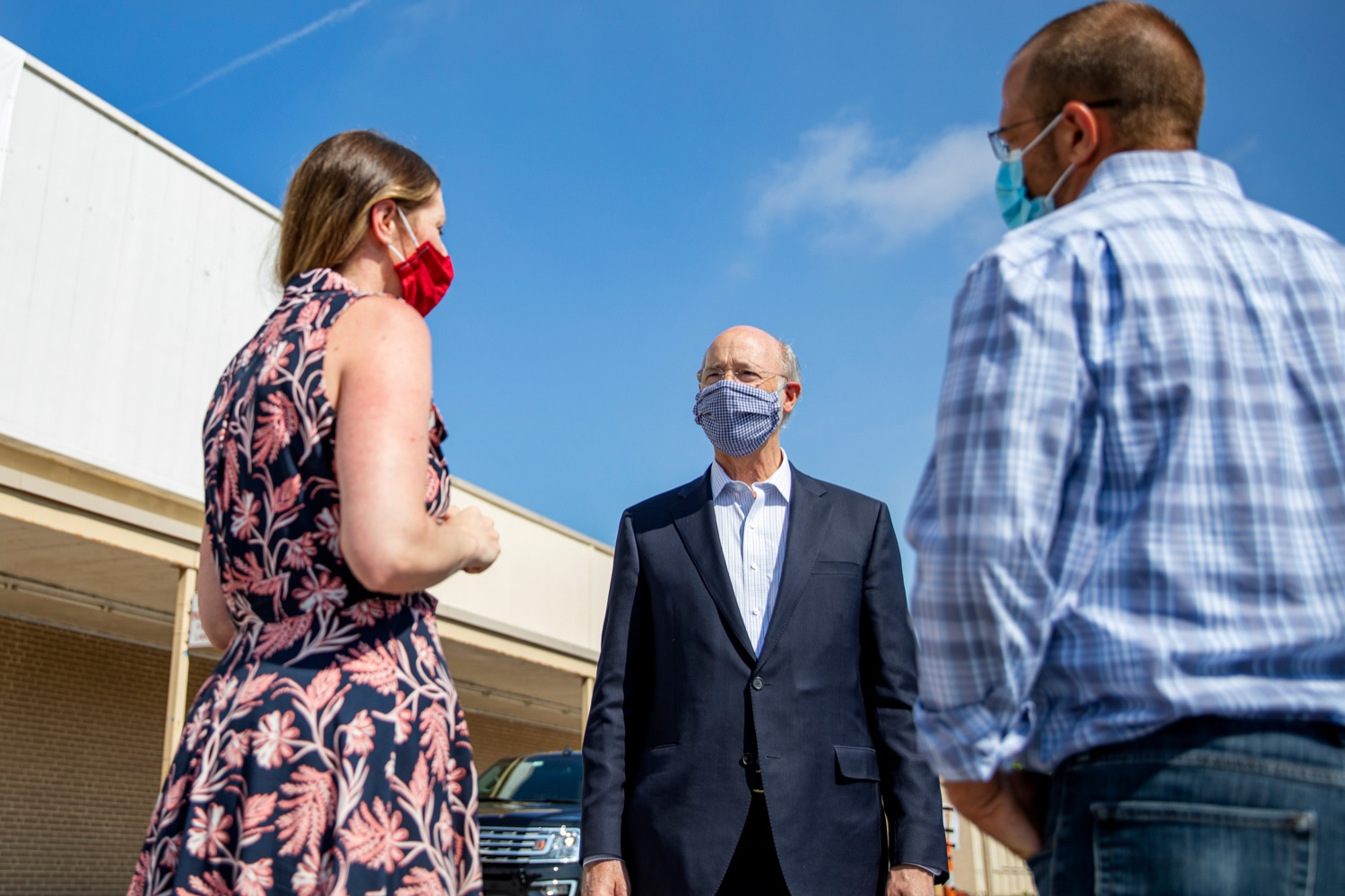 "<a href=""https://filesource.wostreaming.net/commonwealthofpa/photo/18095_GOV_Food_Bank_Volunteers_NK_016.jpg"" target=""_blank"">⇣ Download Photo<br></a>Governor Tom Wolf speaks with York County Food Bank's Jennifer Brillhart, president and CEO, left, and Zach Wolgemuth, director of programs, right, on Tuesday, June 23, 2020."