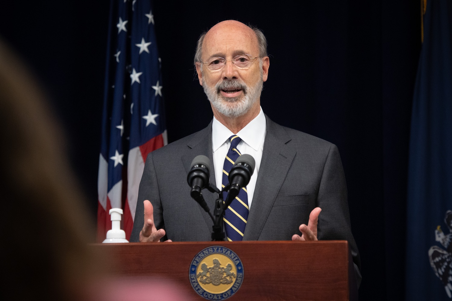 "<a href=""https://filesource.wostreaming.net/commonwealthofpa/photo/18141_gov_sb637_bill_signing_dz_02.jpg"" target=""_blank"">⇣ Download Photo<br></a>Pennsylvania Governor Tom Wolf speaking with the press.  Building on his criminal justice reforms and fulfilling a recommendation to modernize job licensing, Governor Tom Wolf today signed Senate Bill 637, which removes outdated licensing barriers so skilled workers with criminal records can get a second chance and start good careers. The governor has advocated for sweeping changes to the licensing process for years. Harrisburg, PA  July 1, 2020"