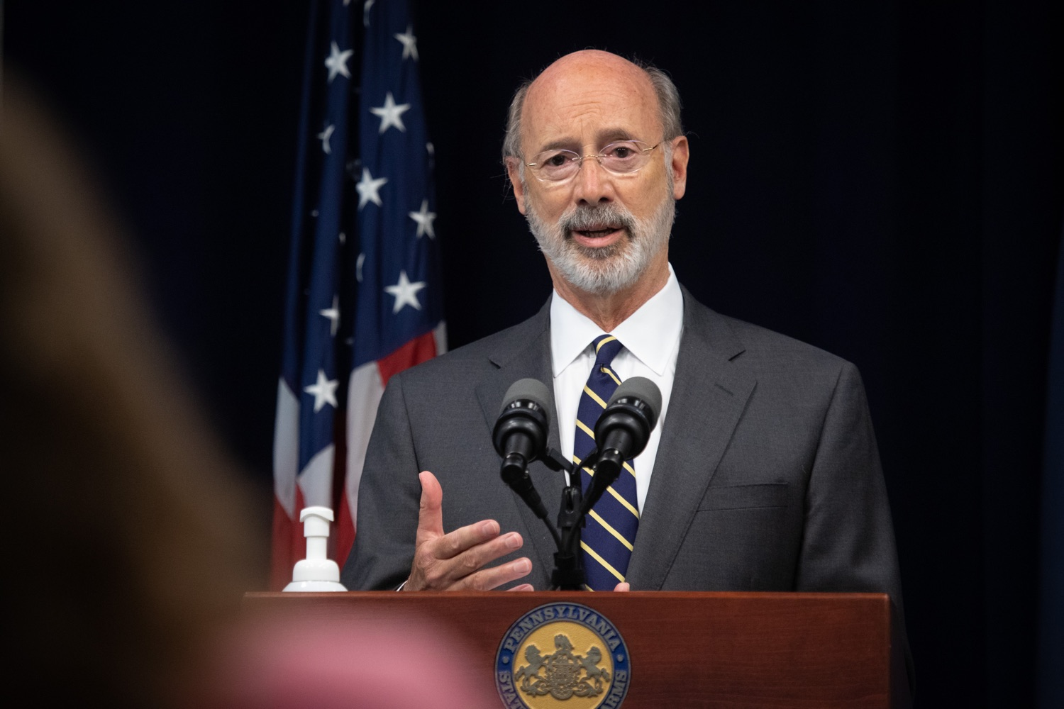 "<a href=""https://filesource.wostreaming.net/commonwealthofpa/photo/18141_gov_sb637_bill_signing_dz_12.jpg"" target=""_blank"">⇣ Download Photo<br></a>Pennsylvania Governor Tom Wolf speaking with the press.  Building on his criminal justice reforms and fulfilling a recommendation to modernize job licensing, Governor Tom Wolf today signed Senate Bill 637, which removes outdated licensing barriers so skilled workers with criminal records can get a second chance and start good careers. The governor has advocated for sweeping changes to the licensing process for years. Harrisburg, PA  July 1, 2020"