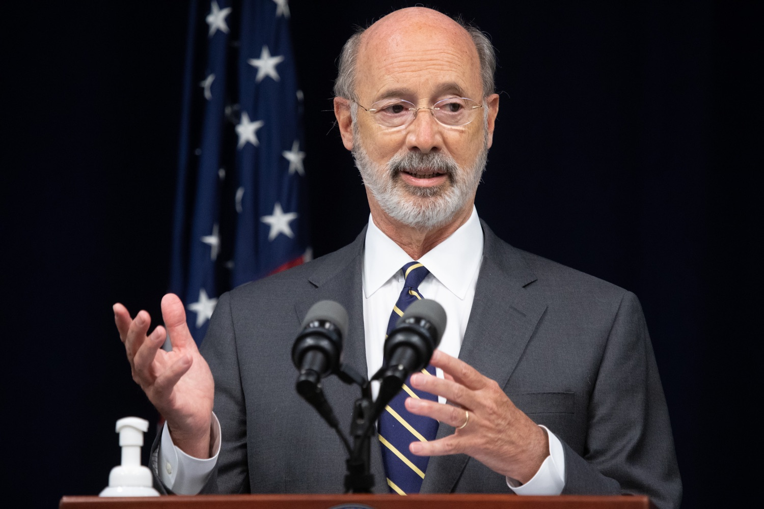 "<a href=""https://filesource.wostreaming.net/commonwealthofpa/photo/18141_gov_sb637_bill_signing_dz_18.jpg"" target=""_blank"">⇣ Download Photo<br></a>Pennsylvania Governor Tom Wolf speaking with the press.  Building on his criminal justice reforms and fulfilling a recommendation to modernize job licensing, Governor Tom Wolf today signed Senate Bill 637, which removes outdated licensing barriers so skilled workers with criminal records can get a second chance and start good careers. The governor has advocated for sweeping changes to the licensing process for years. Harrisburg, PA  July 1, 2020"