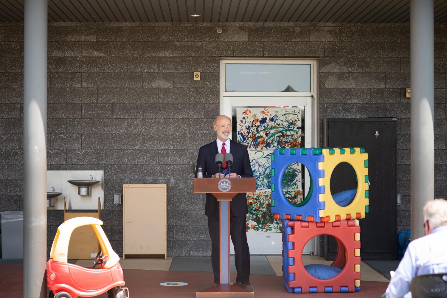 "<a href=""https://filesource.wostreaming.net/commonwealthofpa/photo/18143_gov_cares_dz_16.jpg"" target=""_blank"">⇣ Download Photo<br></a>Pennsylvania Governor Tom Wolf speaking with the press.  Governor Tom Wolf visited the child care center at PSECU headquarters in Harrisburg today to announce $53 million in additional financial support for child care providers that have suffered during COVID-19.  Harrisburg, PA  July 6, 2020.."