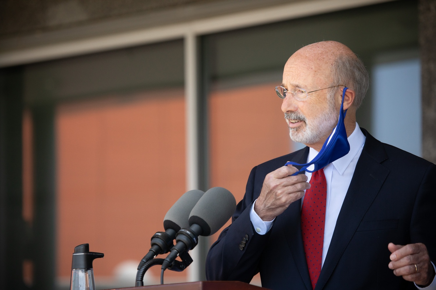 "<a href=""https://filesource.wostreaming.net/commonwealthofpa/photo/18143_gov_cares_dz_19.jpg"" target=""_blank"">⇣ Download Photo<br></a>Pennsylvania Governor Tom Wolf speaking with the press.  Governor Tom Wolf visited the child care center at PSECU headquarters in Harrisburg today to announce $53 million in additional financial support for child care providers that have suffered during COVID-19.  Harrisburg, PA  July 6, 2020.."